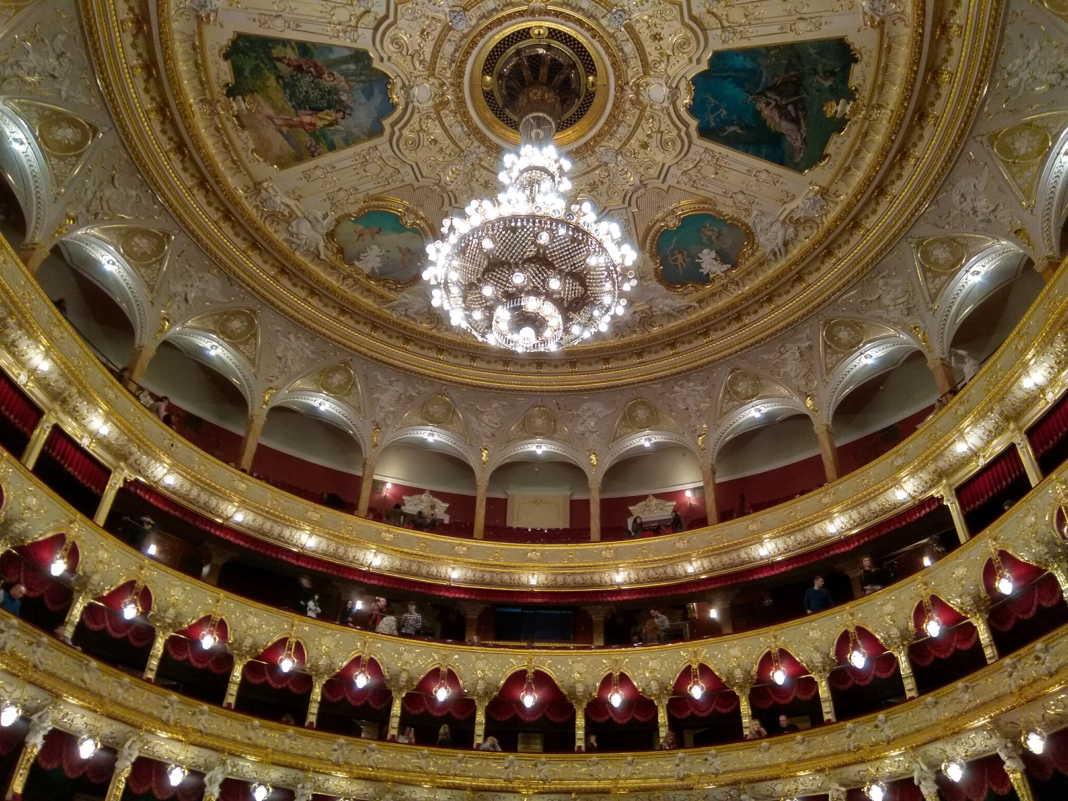 The interior of the opera house of odesa: Attractions to see in Odesa.