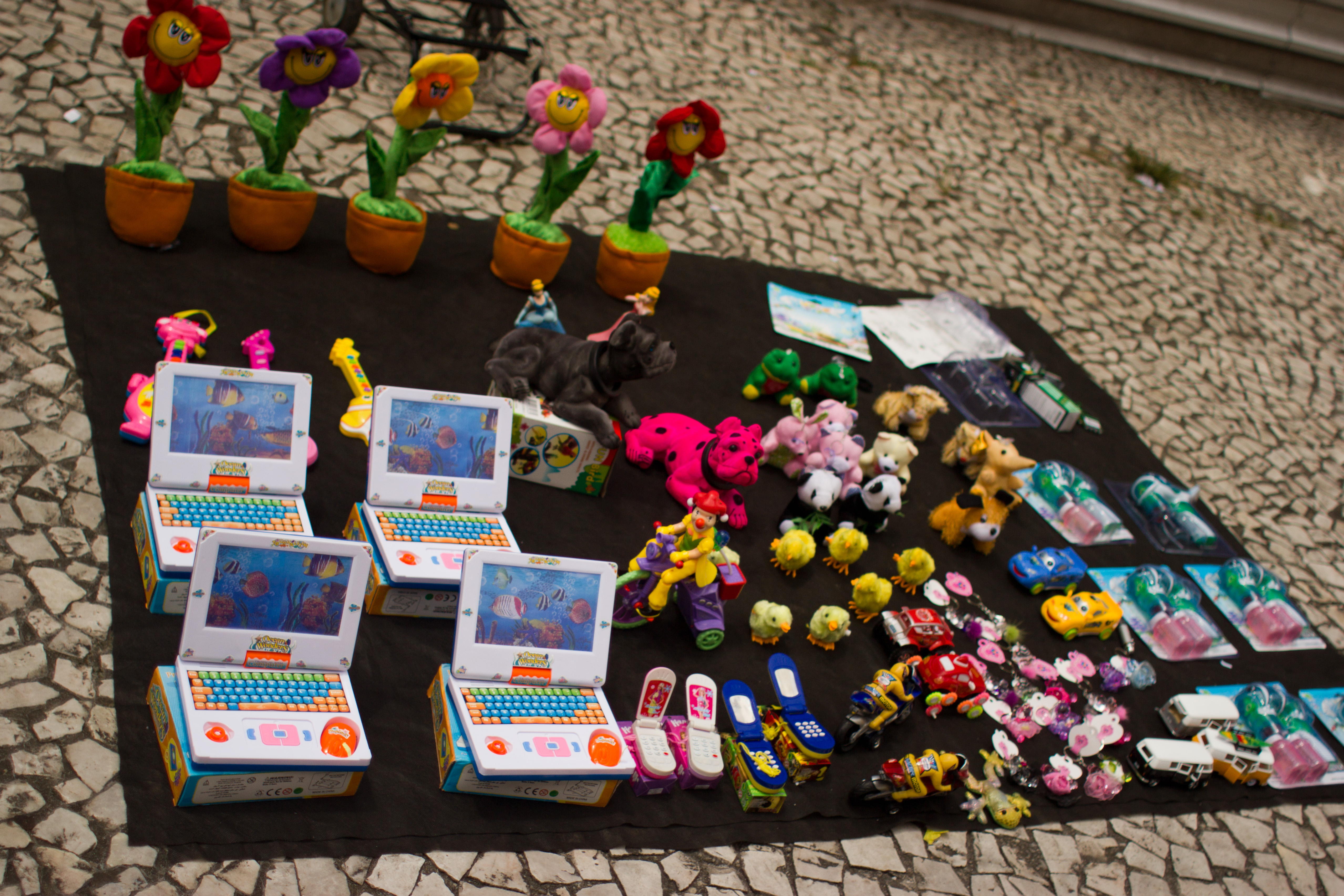 File Toys for sale Curitiba March 2012 7 Wikimedia mons