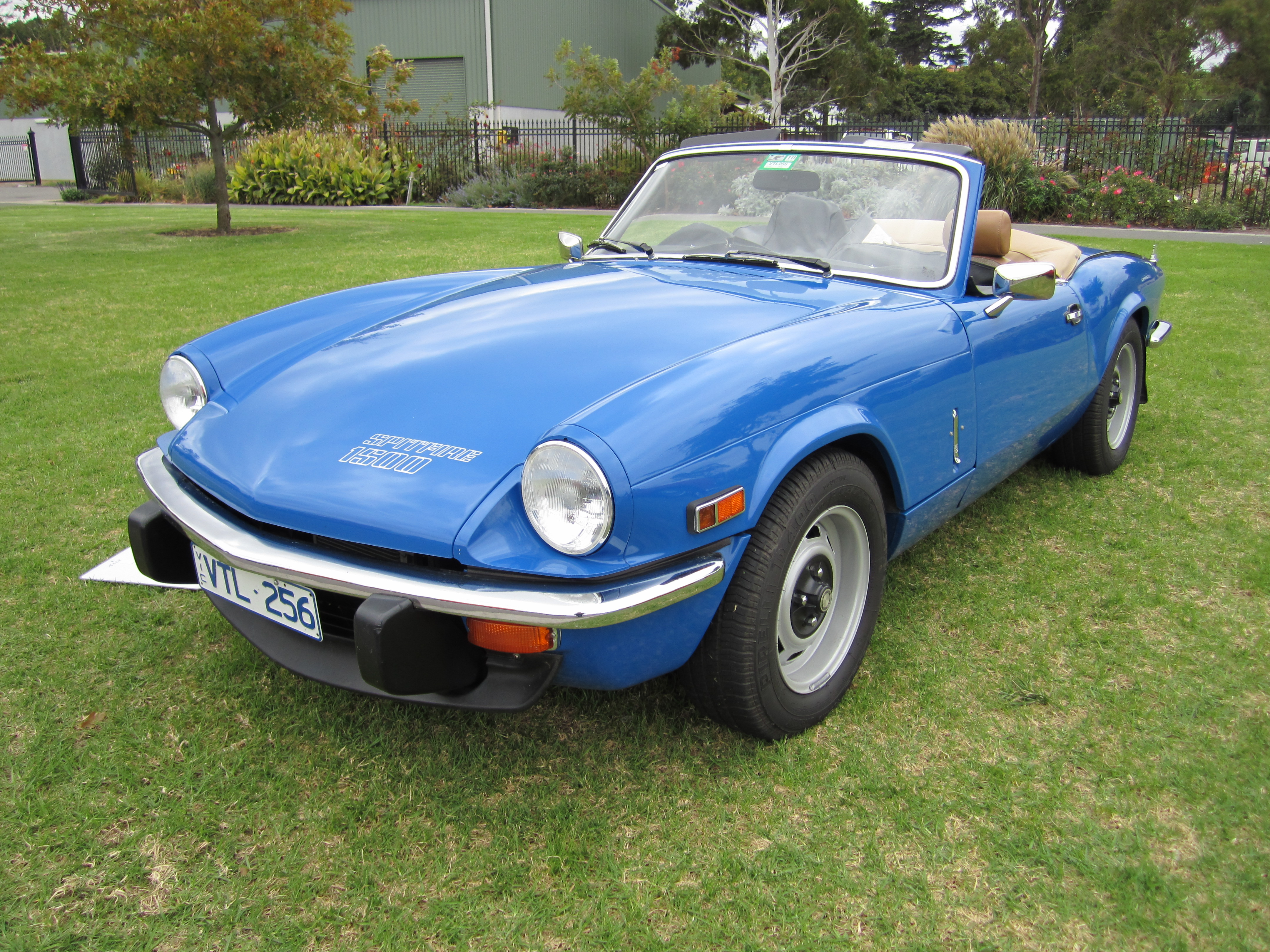 file triumph spitfire 1500 2 jpg wikimedia commons. Black Bedroom Furniture Sets. Home Design Ideas