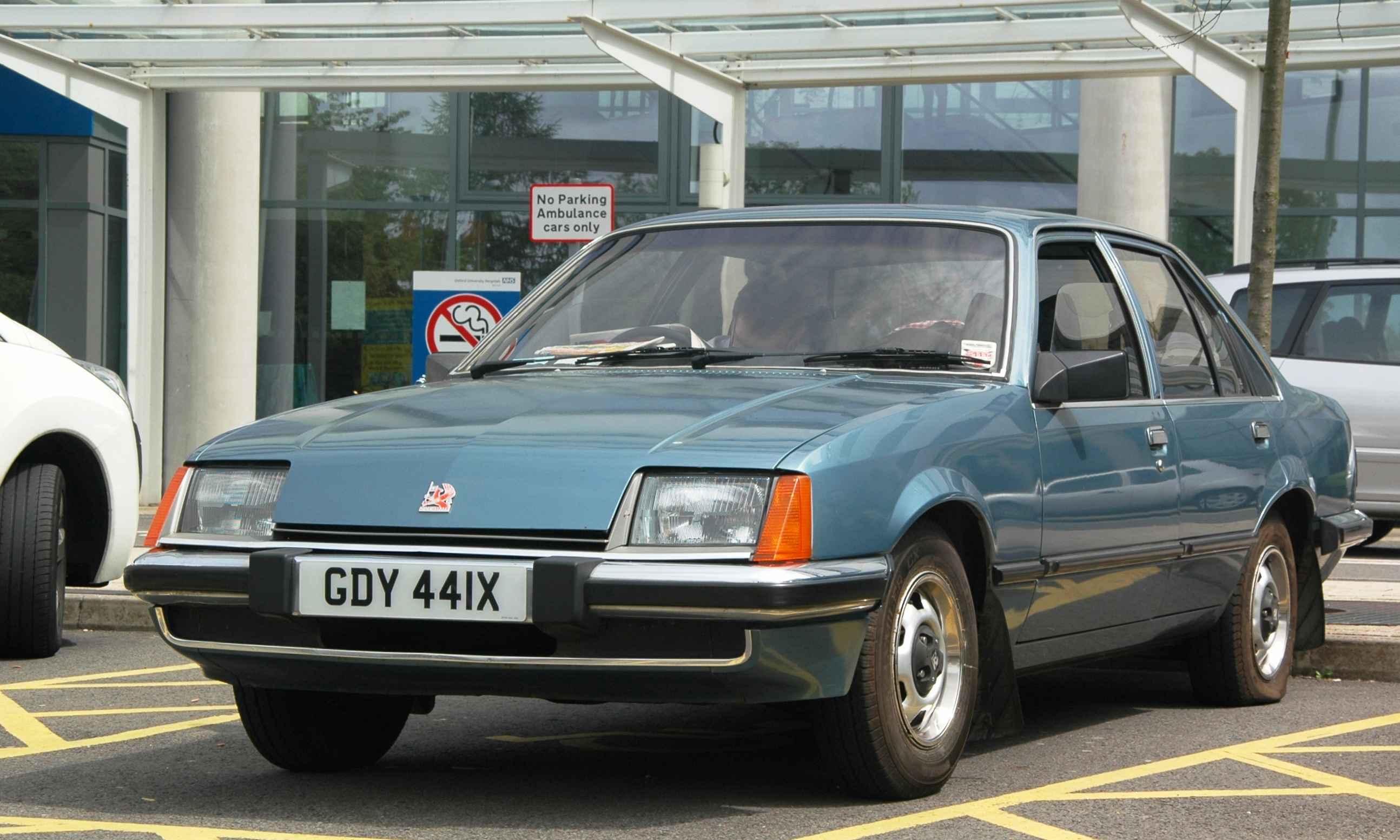 Vauxhall_Carlton_JRHospital_cropped Surprising Lotus Carlton Engine for Sale Cars Trend