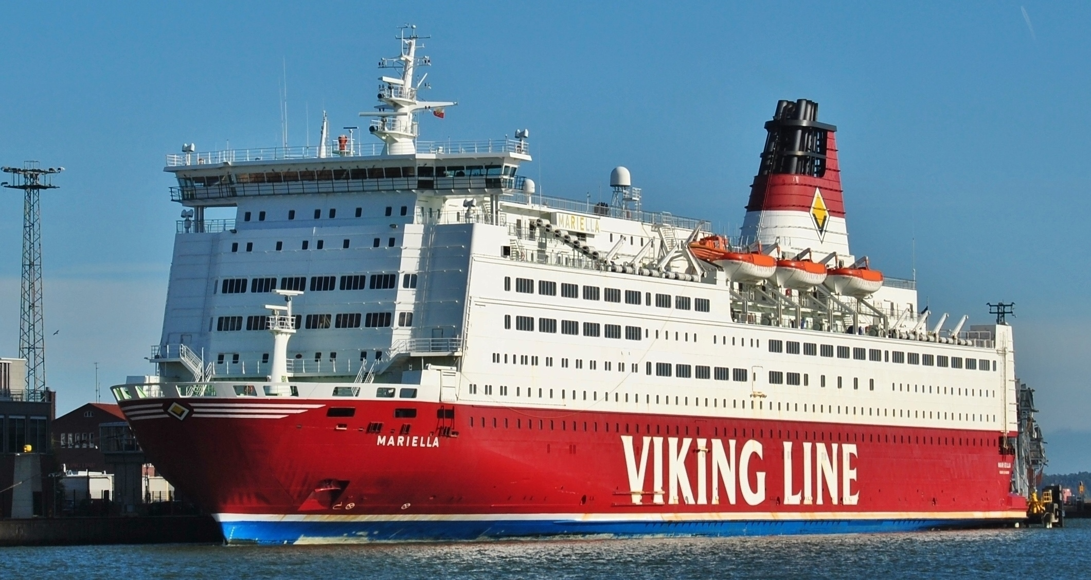Viking Line (Mariella) Katajanokka Harbour Helsinki 3.jpg