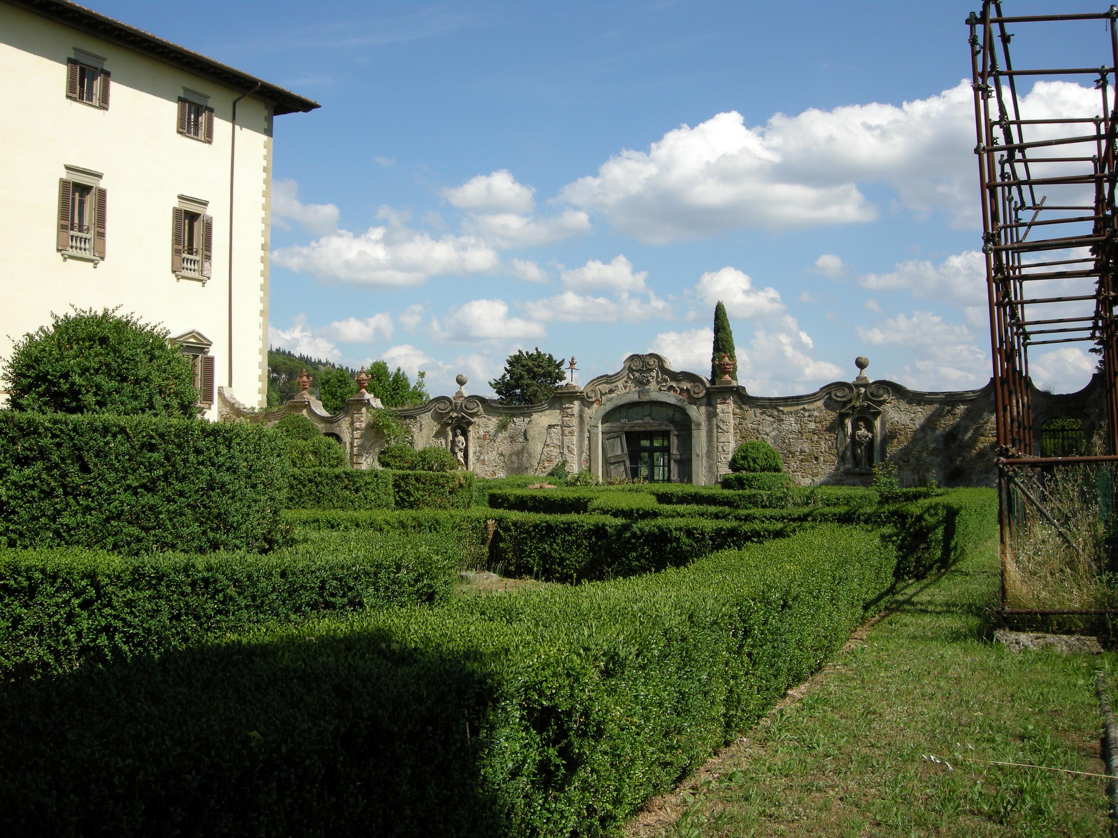 File villa la torraccia fiesole giardino all 39 italiana 13 - Giardino all italiana ...