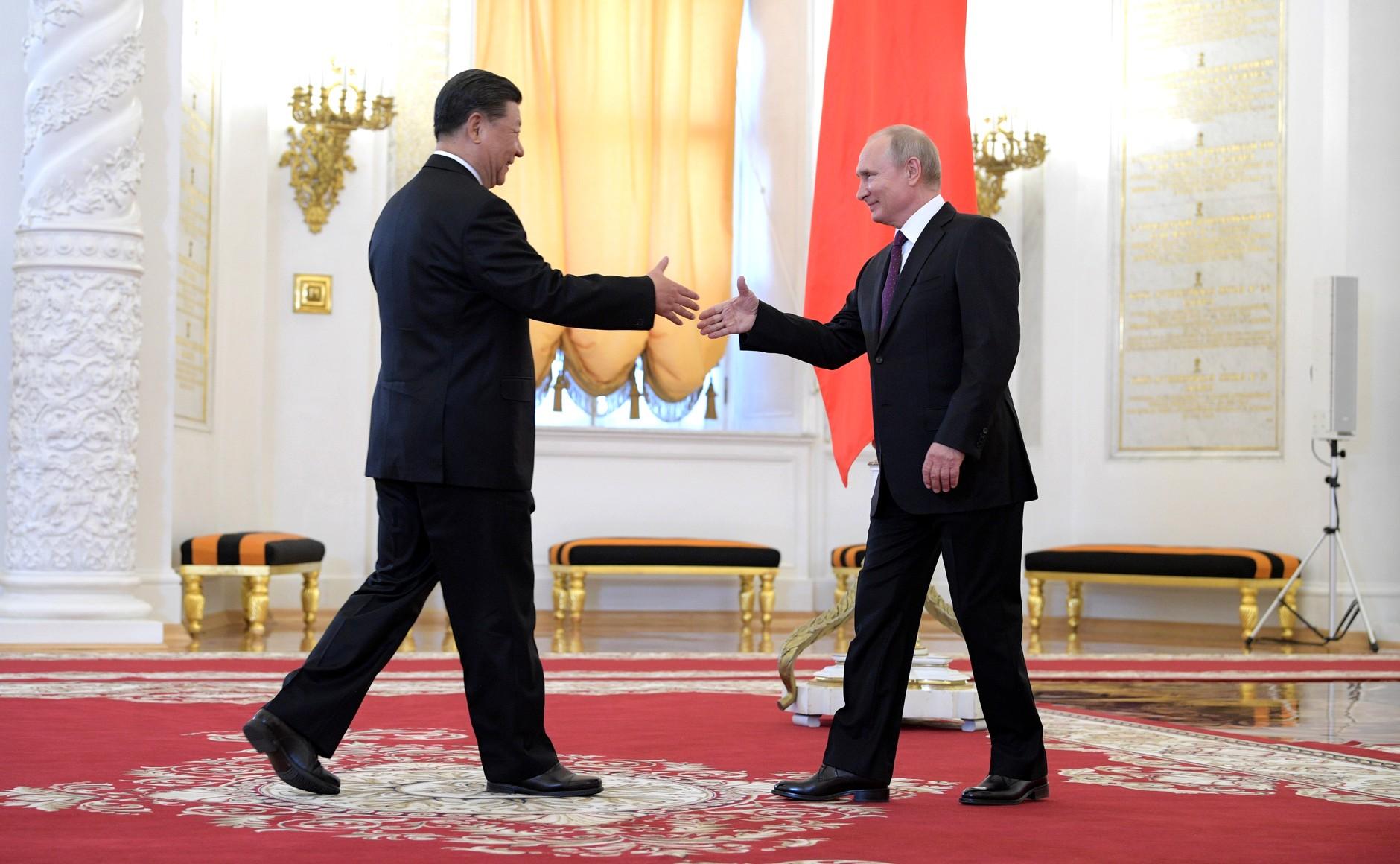 File:Vladimir Putin and Xi Jinping (2019-06-05) 02.jpg - Wikimedia Commons