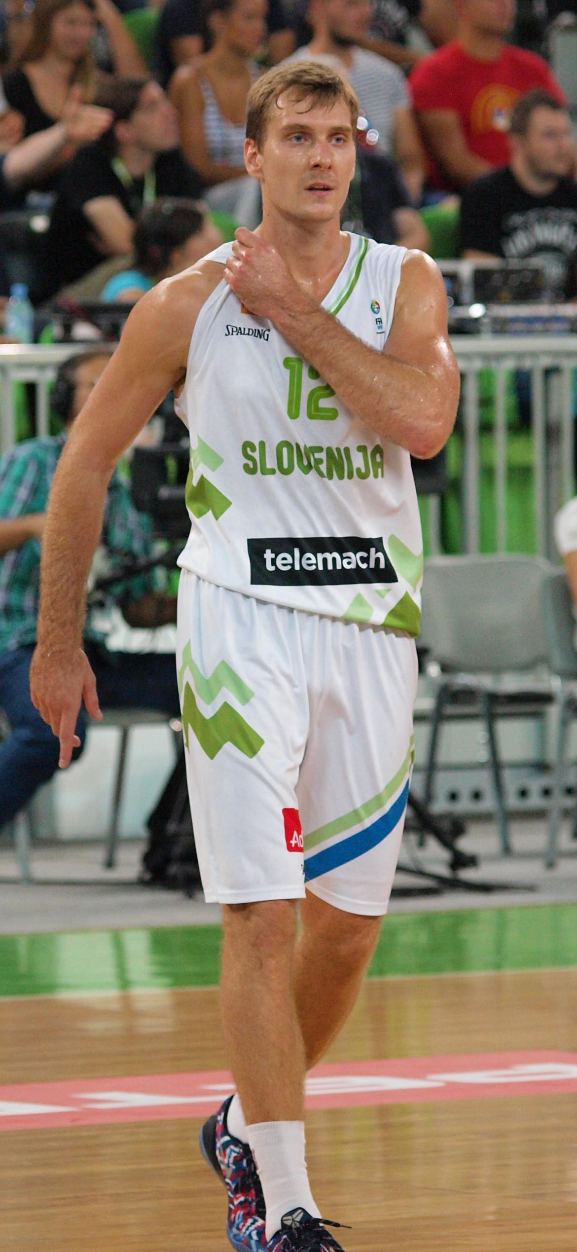 Zoran Dragić - Wikipedia 2ab379872