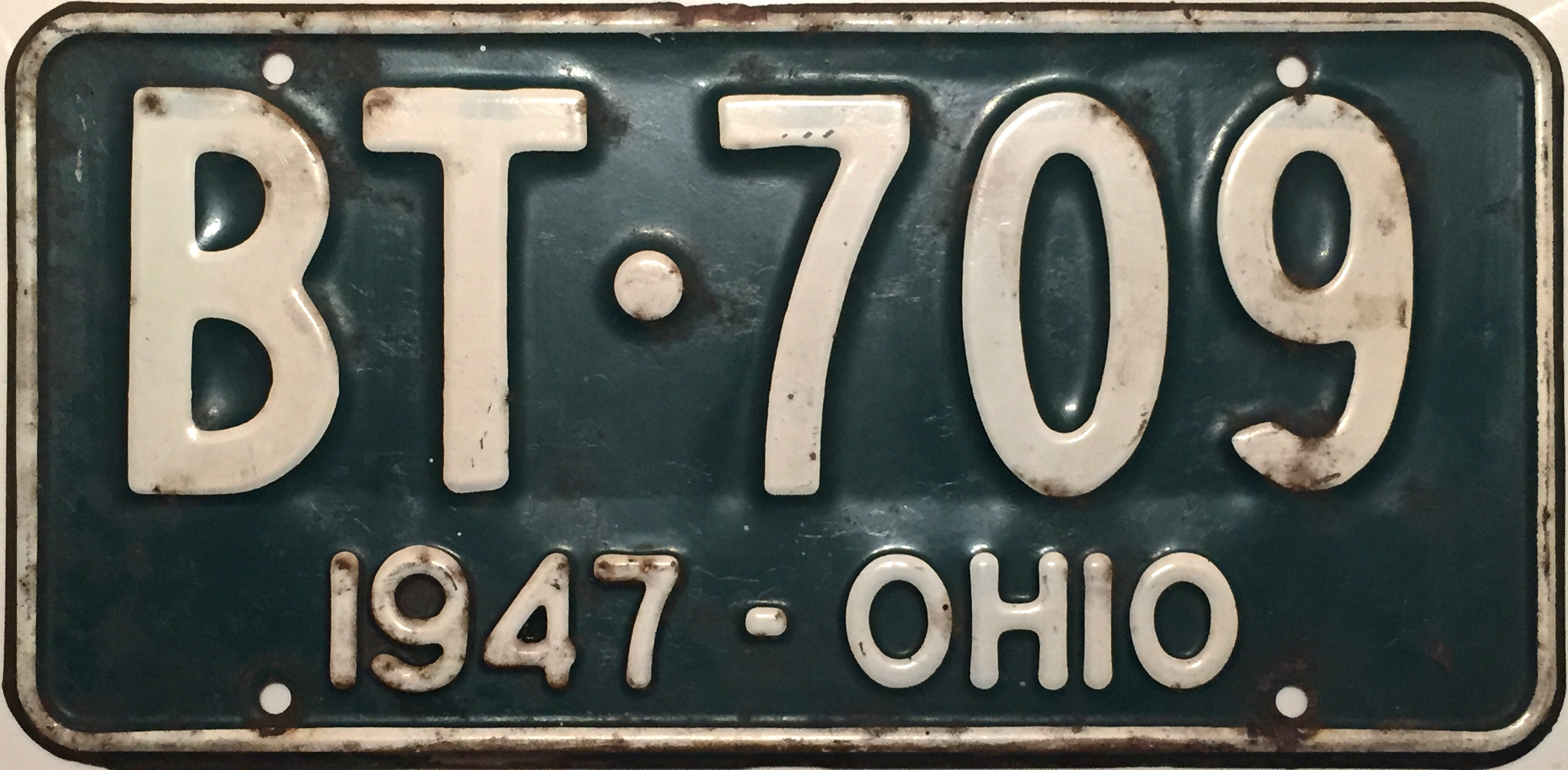 File:1947 Ohio license plate.JPG - Wikimedia Commons
