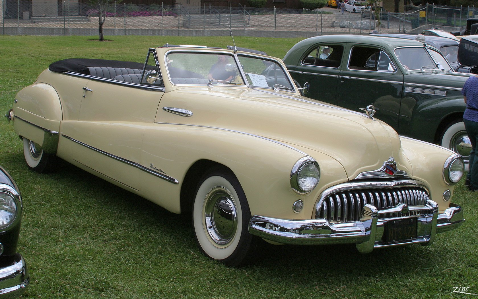 File:1948_Buick_Roadmaster_Convertible_ _yellow_ _fvr 1on 1949 Chevrolet Fastback