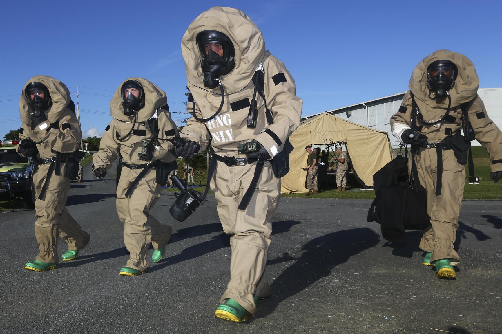 File:1st Marine Aircraft Wing CBRN training 140827-M-FB998 ...