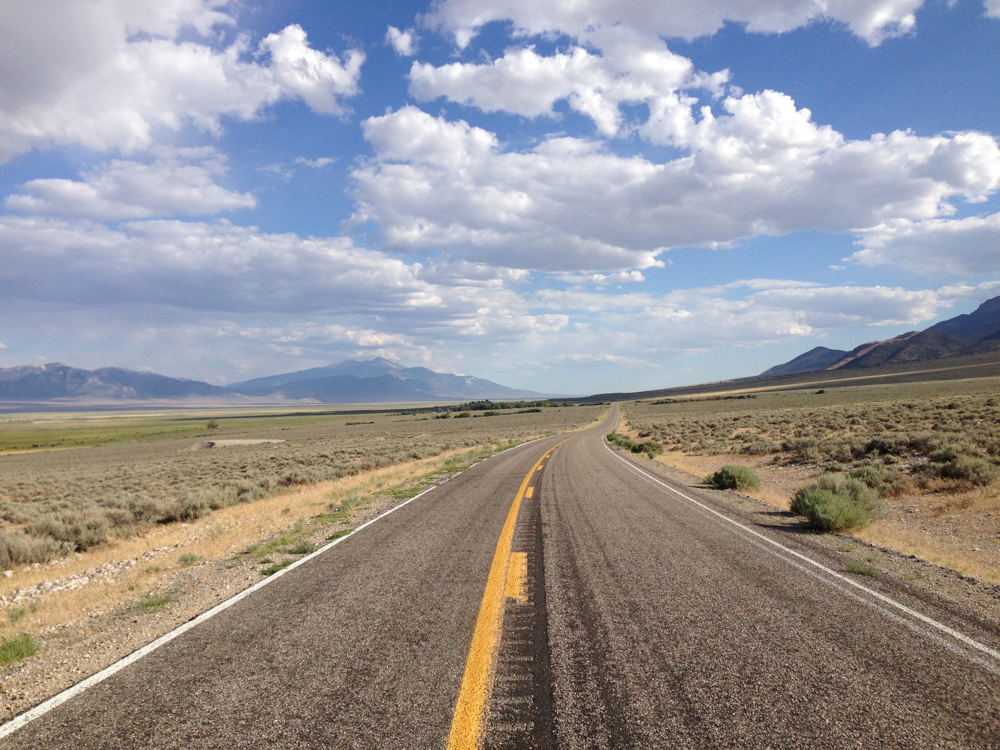 File:2014-08-09 17 07 07 View south along Nevada State ...