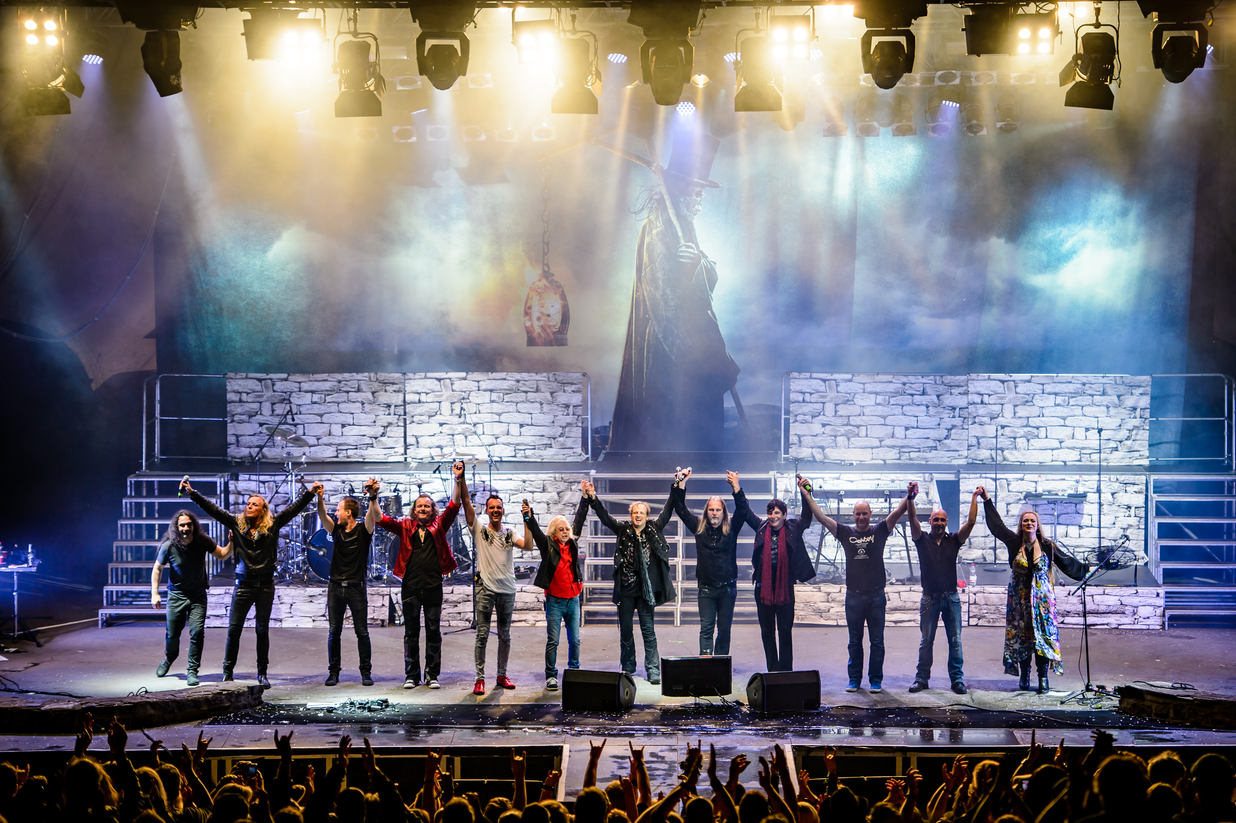 Avantasia performing in [[Lorelei]], Germany, in 2016