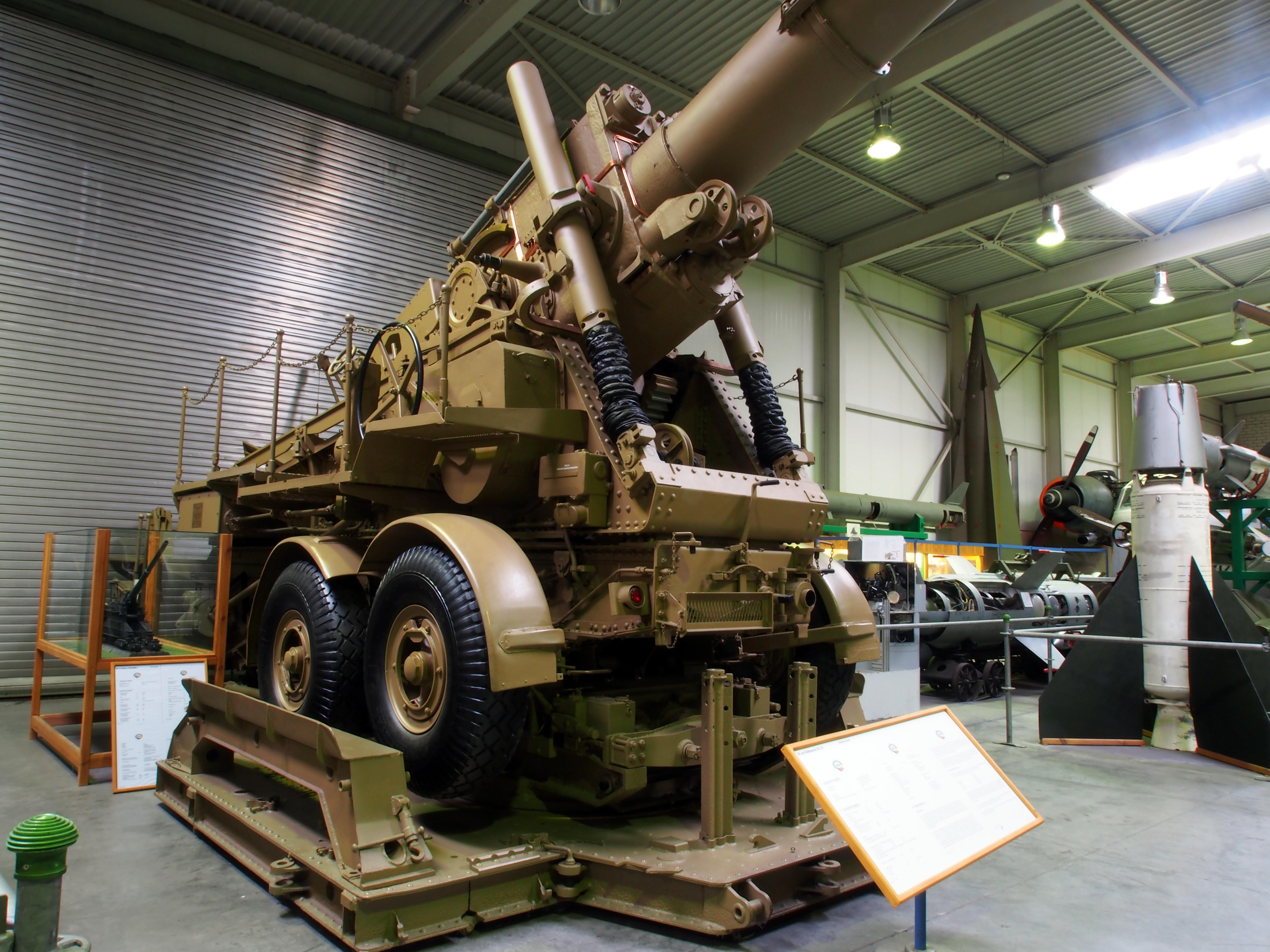 ... 発射 器 43 型 adgz 装甲車 bv