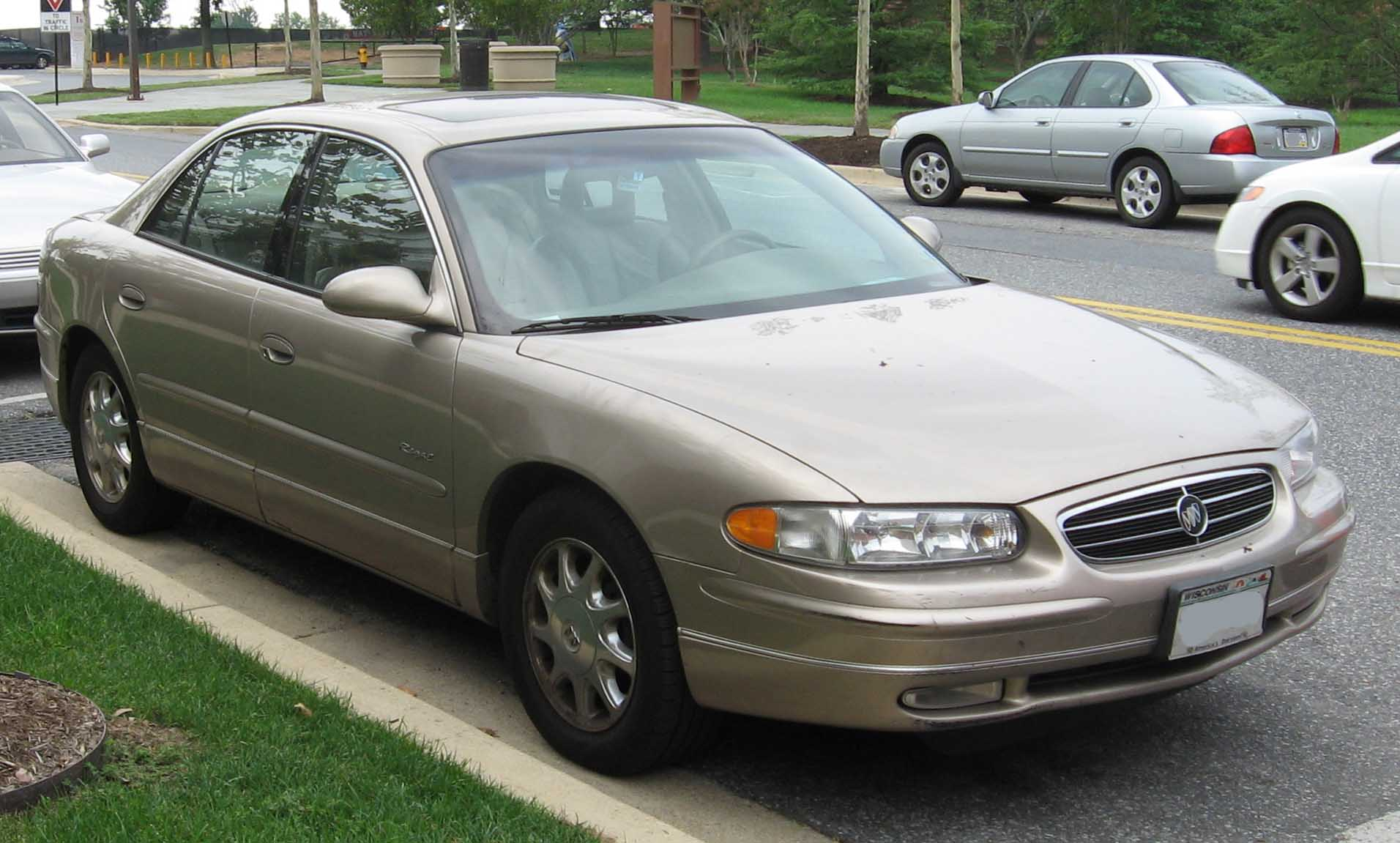 File:97-04 Buick Regal.jpg - Wikimedia Commons
