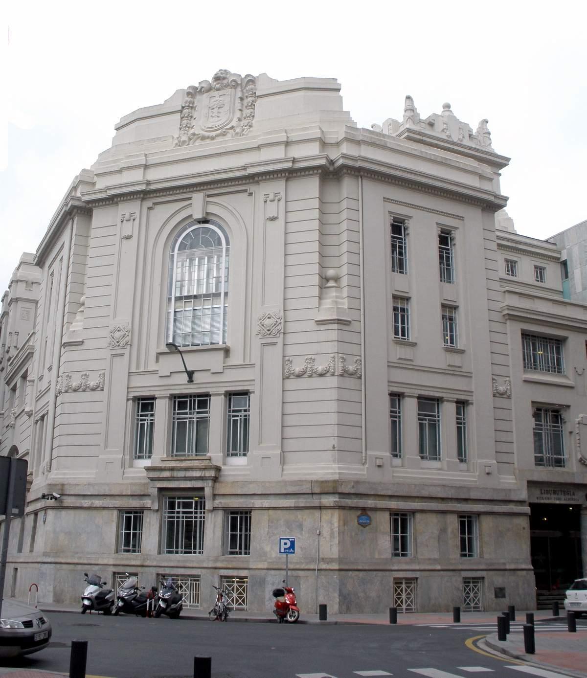 Art d co en la arquitectura de bilbao wikipedia la - Estudios de arquitectura en bilbao ...