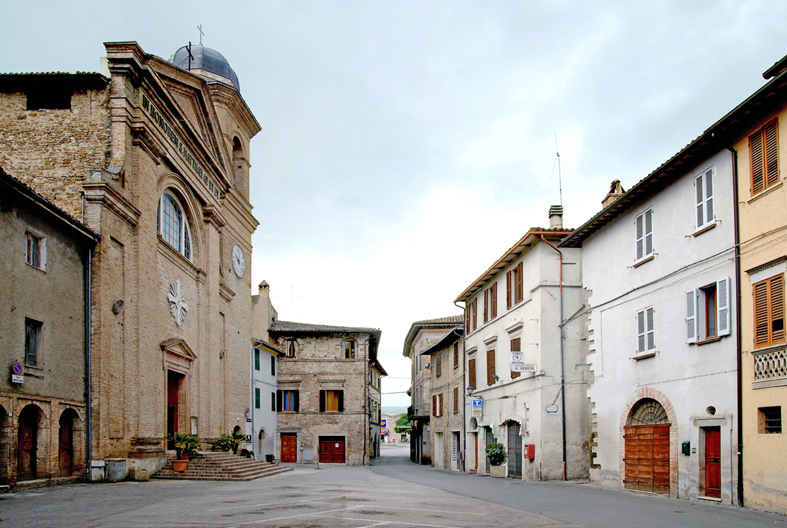 File:Cannara piazza San Matteo.jpg - Wikimedia Commons