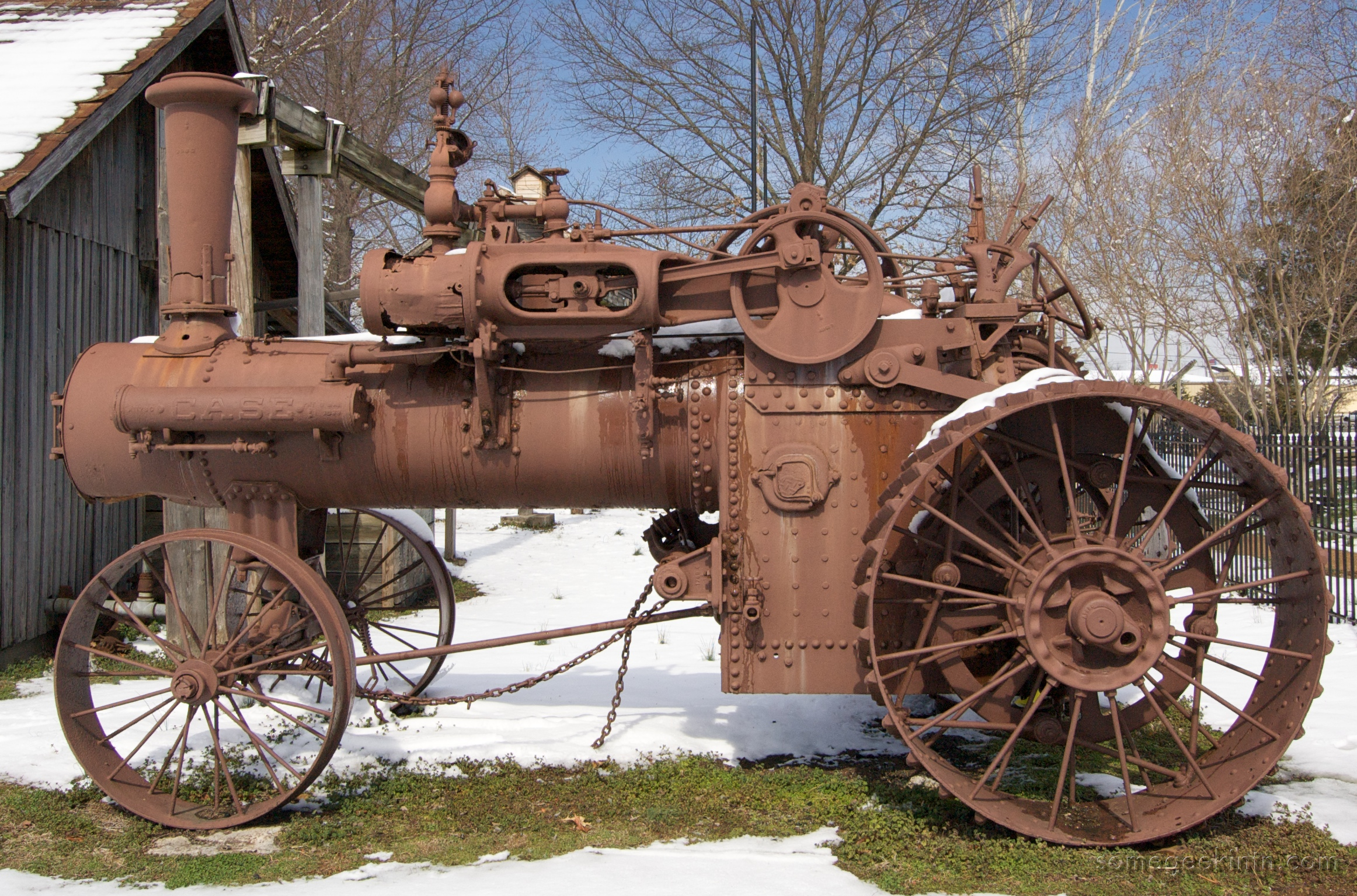 Case_Antique_Tractor.jpg