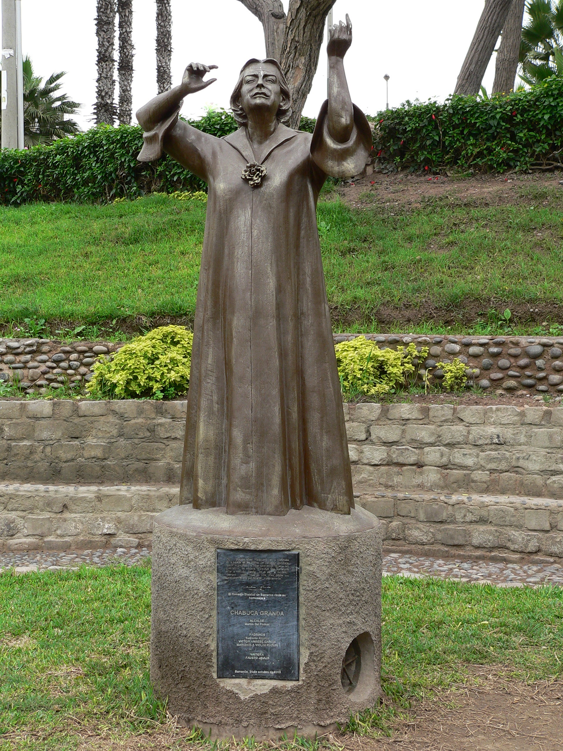 Monumento a Chabuca Granda.