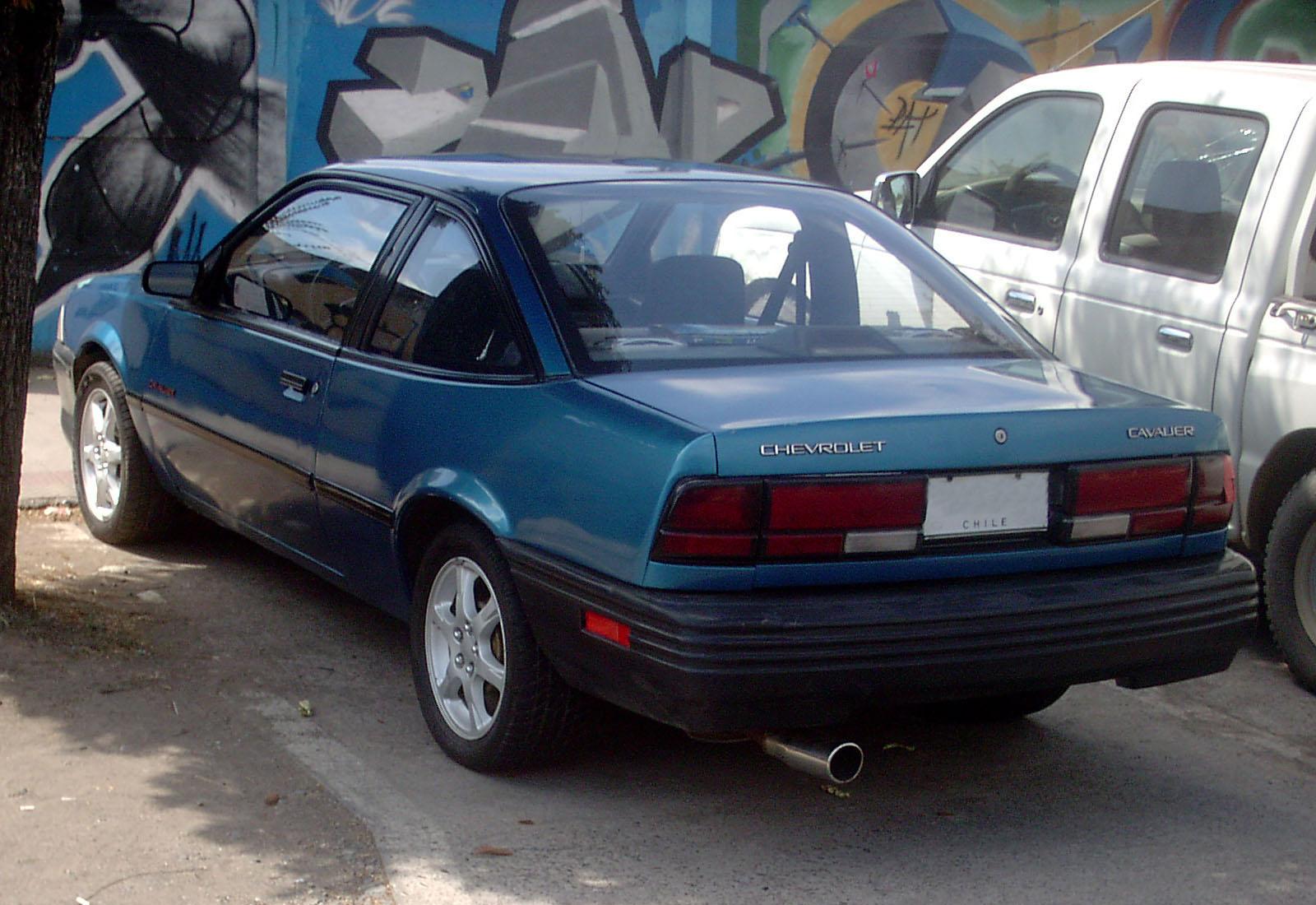 File chevrolet cavalier 2 2 coupe 1992 9666294905 jpg