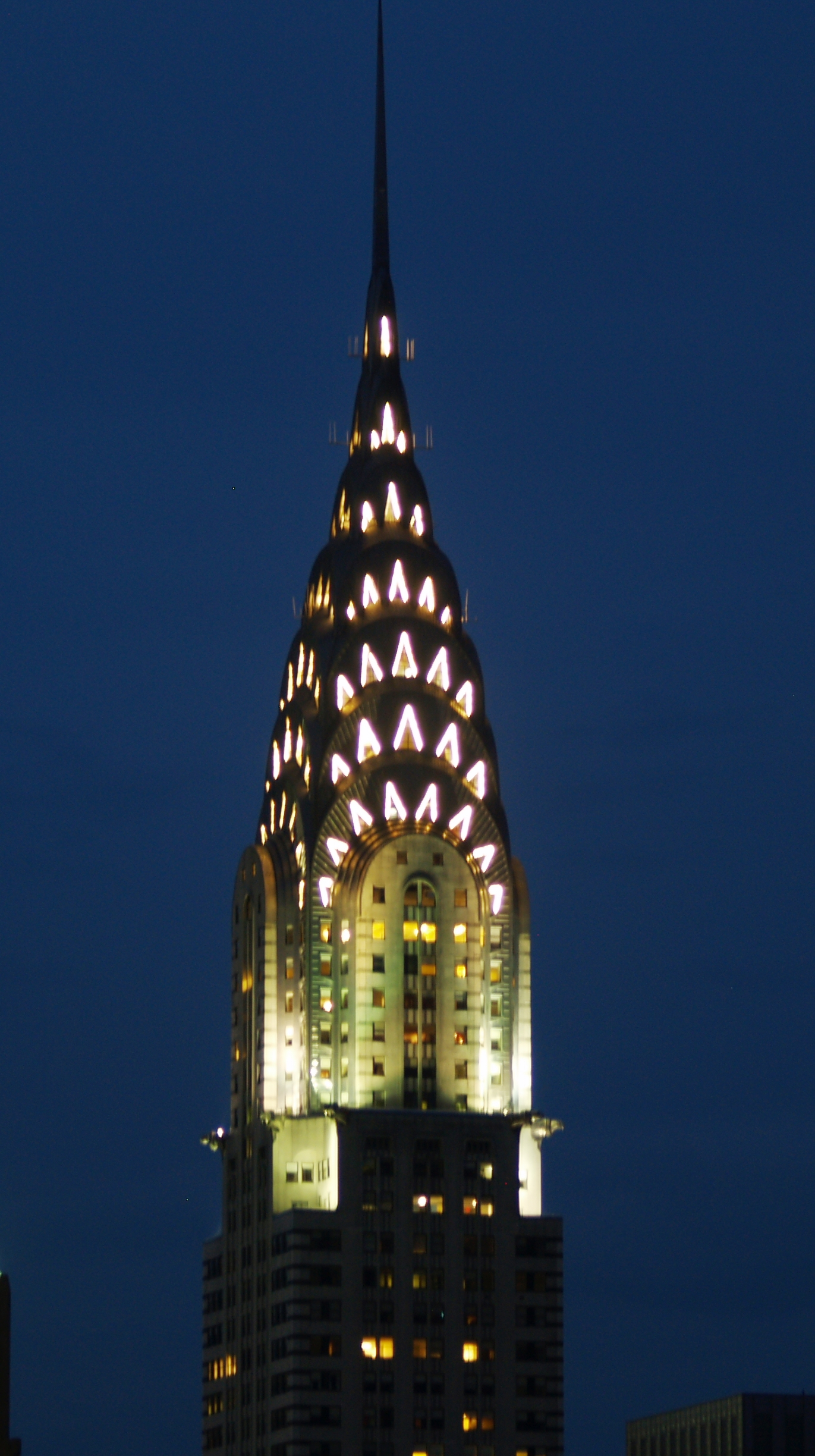 On top of the world at the chrysler building new york for Best places to go in nyc at night