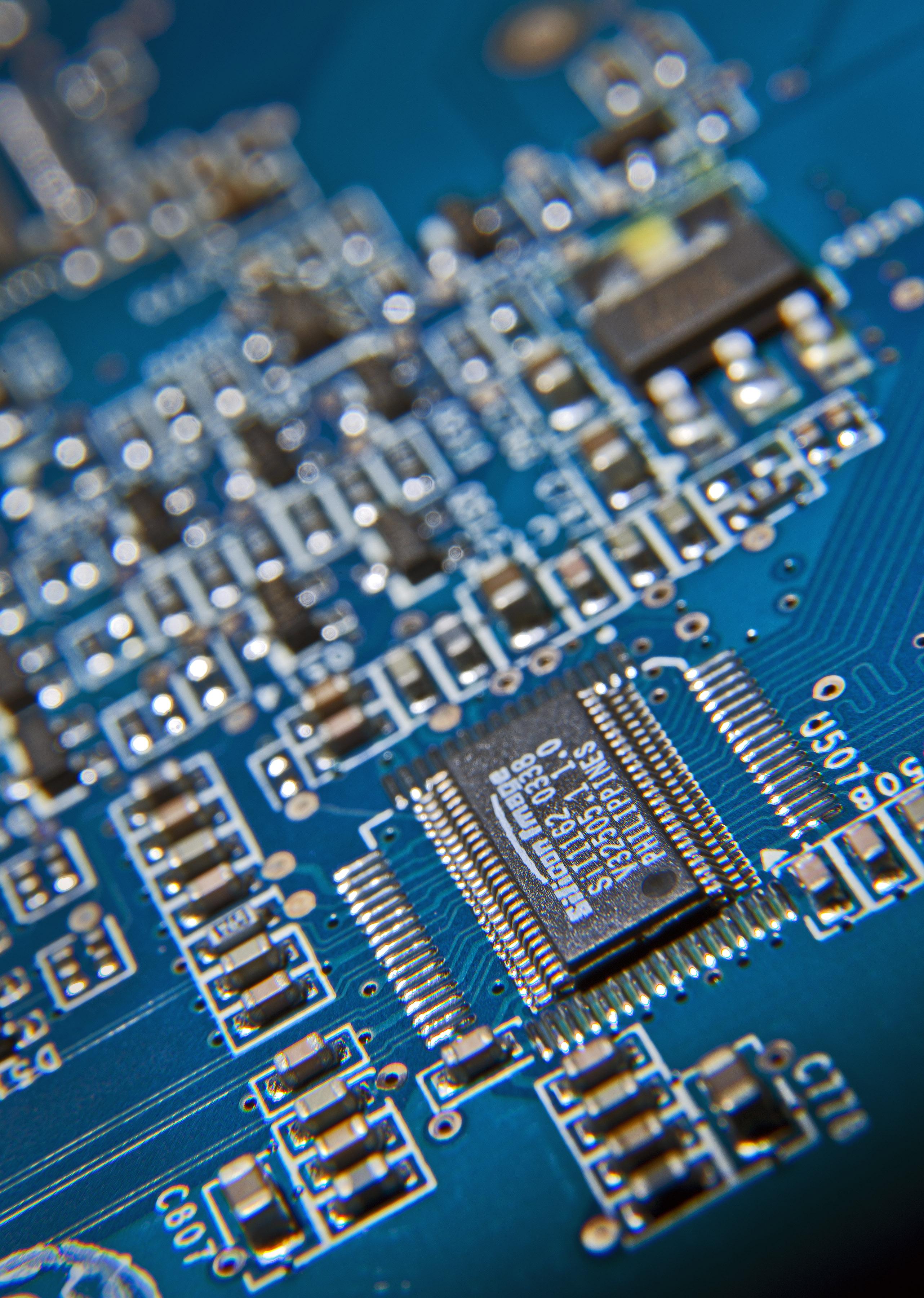 file computer circuit board mod 45153625 jpg wikimedia commons rh commons wikimedia org