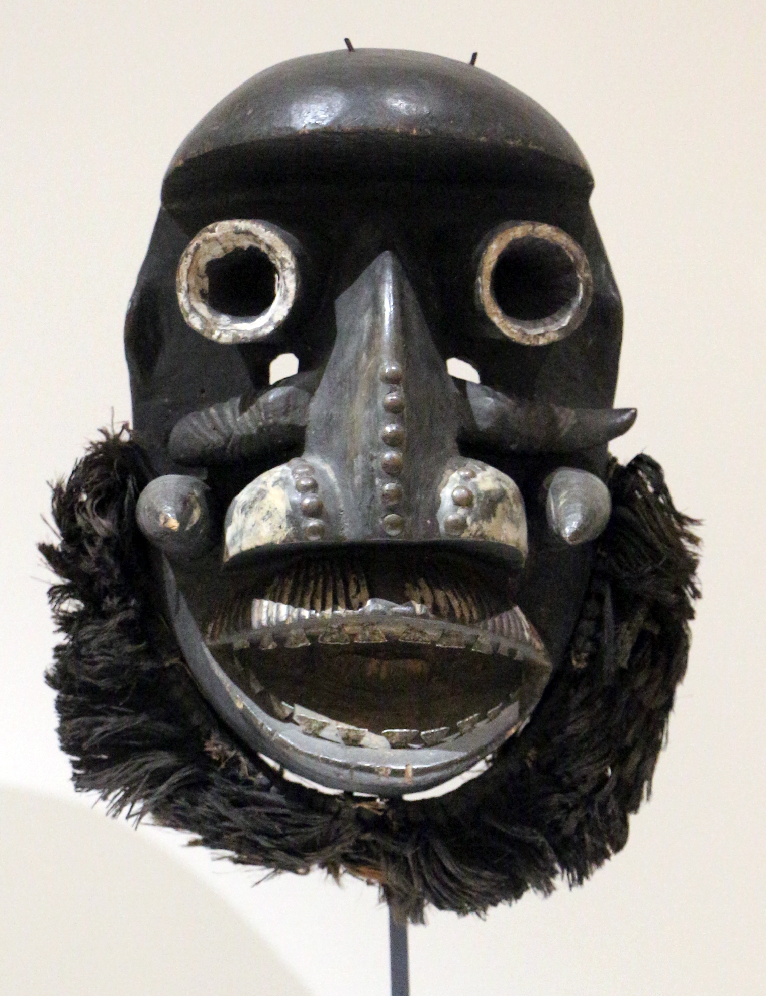 Filecosta Davorio Wè Maschera Da Guerra 02jpg Wikimedia Commons