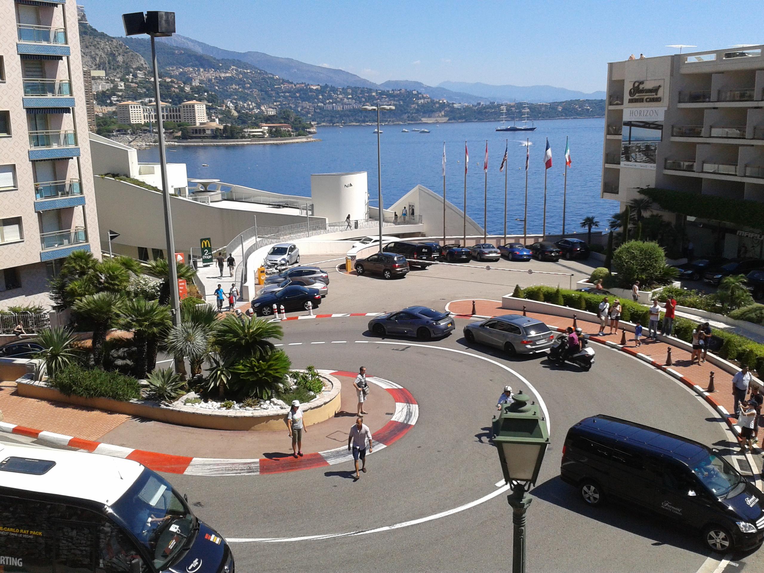 Circuito Monaco : File curva más famosa del circuito de mónaco g wikimedia commons