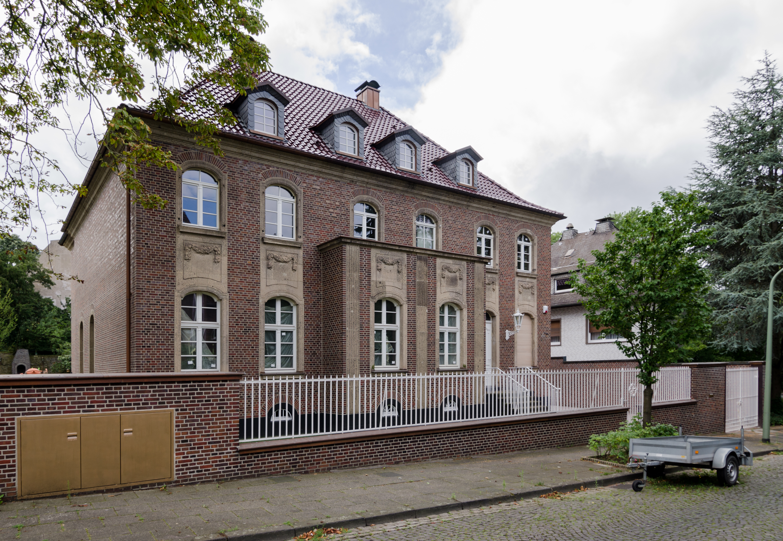 Datei Duisburg Duissern Parkstra E 4 2015 07 Cn