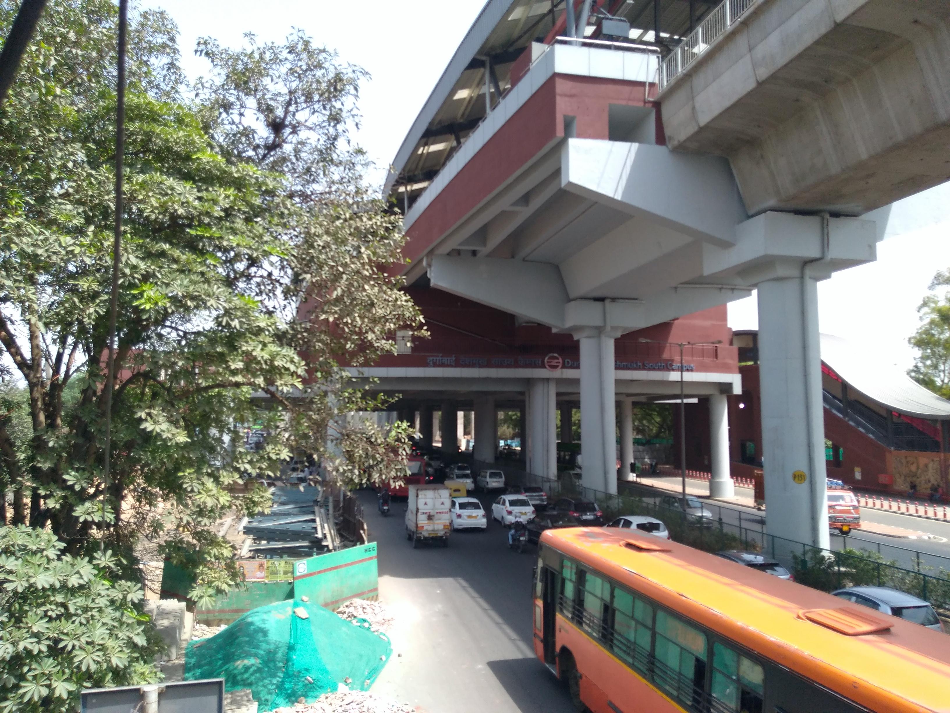 south campus tcc map Durgabai Deshmukh South Campus Metro Station Wikipedia south campus tcc map