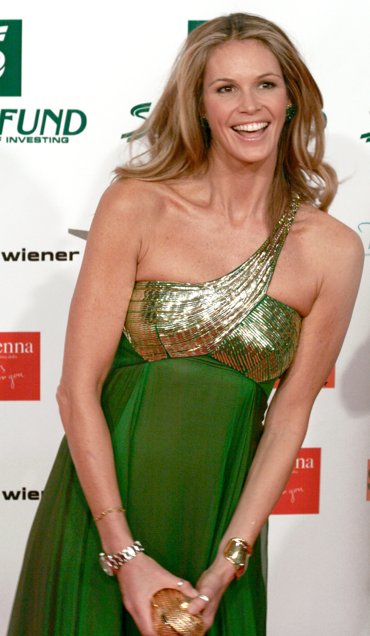 File elle macpherson women 39 s world awards 2009 for Elle elle