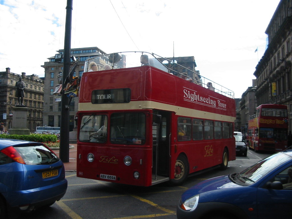 File:Glasgow tour bus (ABV 669A), 23 August 2003 (1) jpg - Wikimedia
