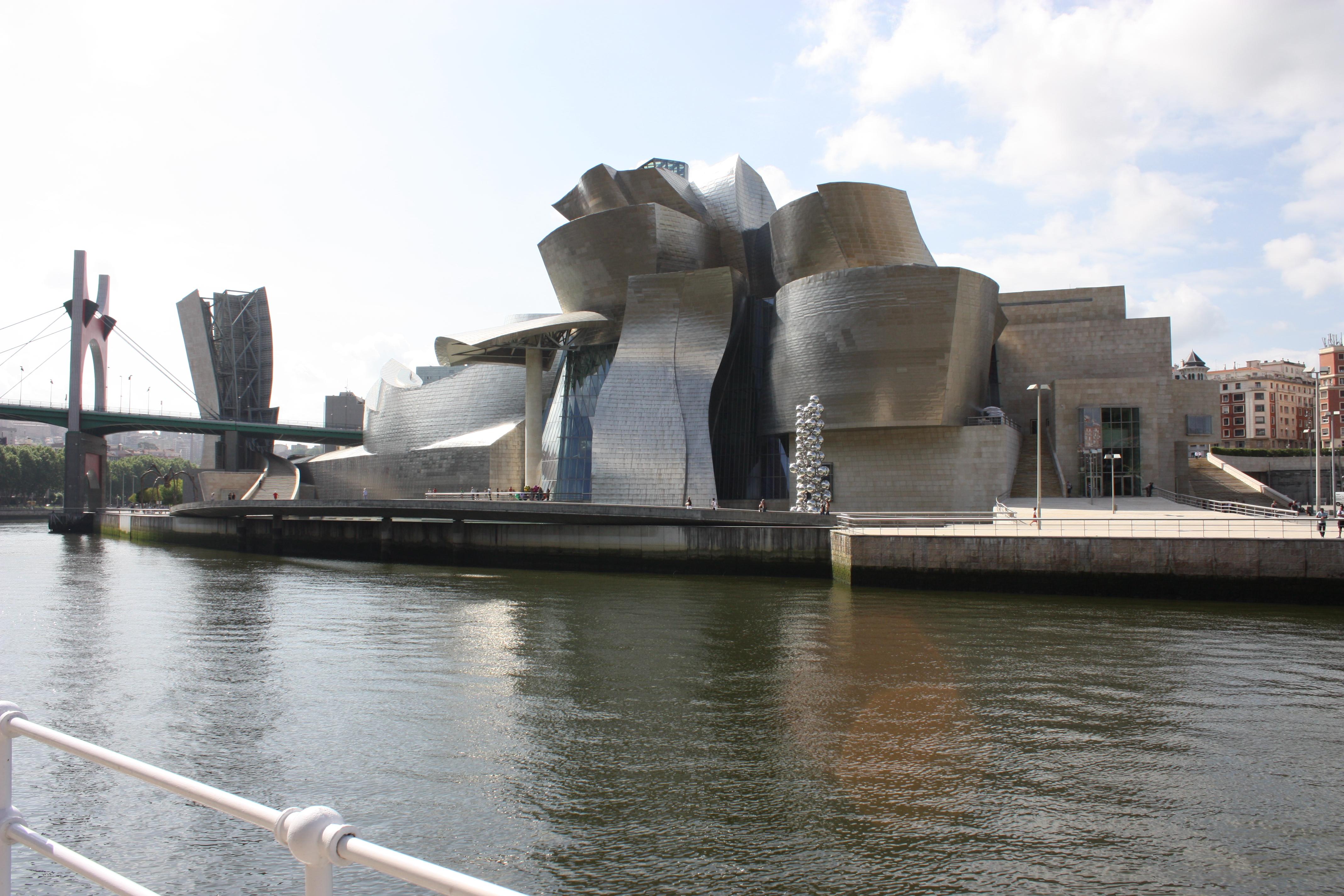 File:Guggenheim Museum, Bilbao, July 2010 (05).JPG