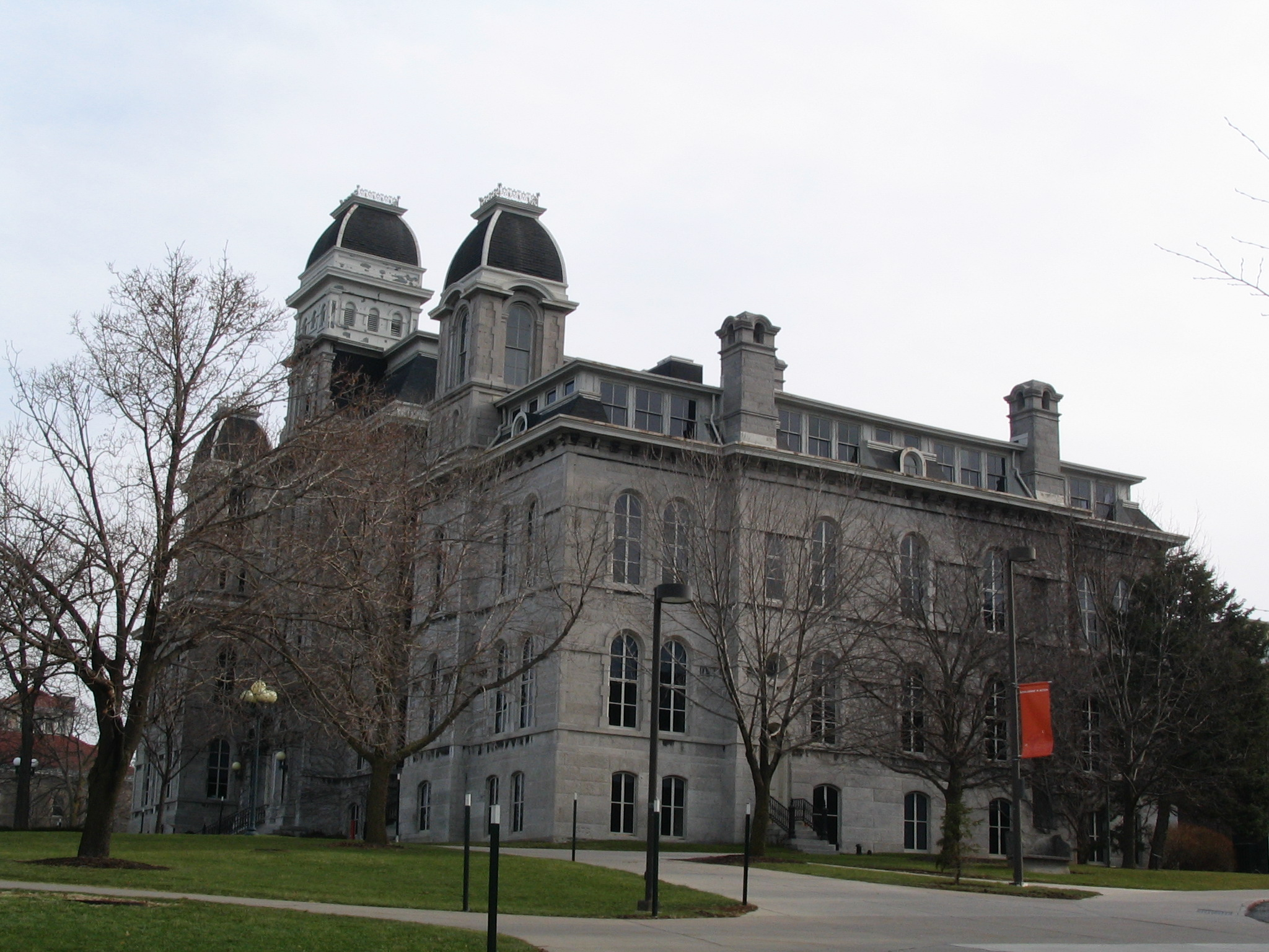 syracuse university writing center No matter which form of support you choose, writing consultants will work with you at any stage of your writing process syracuse university writing center.