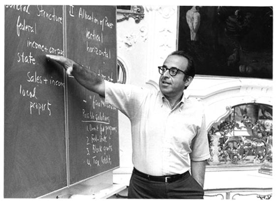 Frank E.A. Sander teaching at Harvard Law School