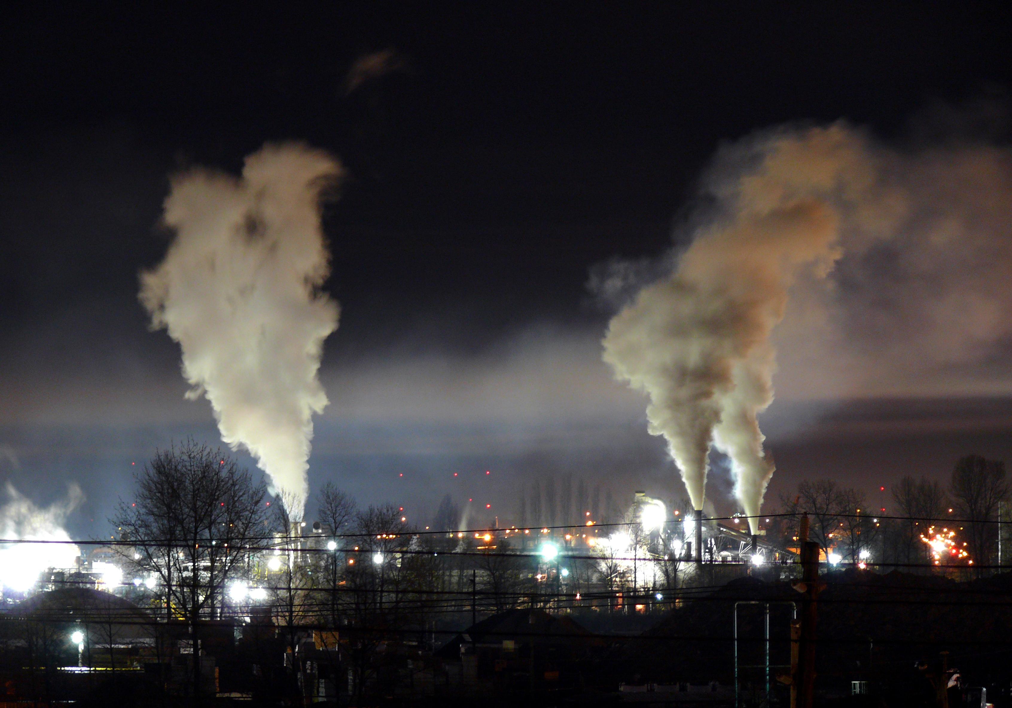 Night light wikipedia - File Heavy Night Industrial Light Pollution Jpg