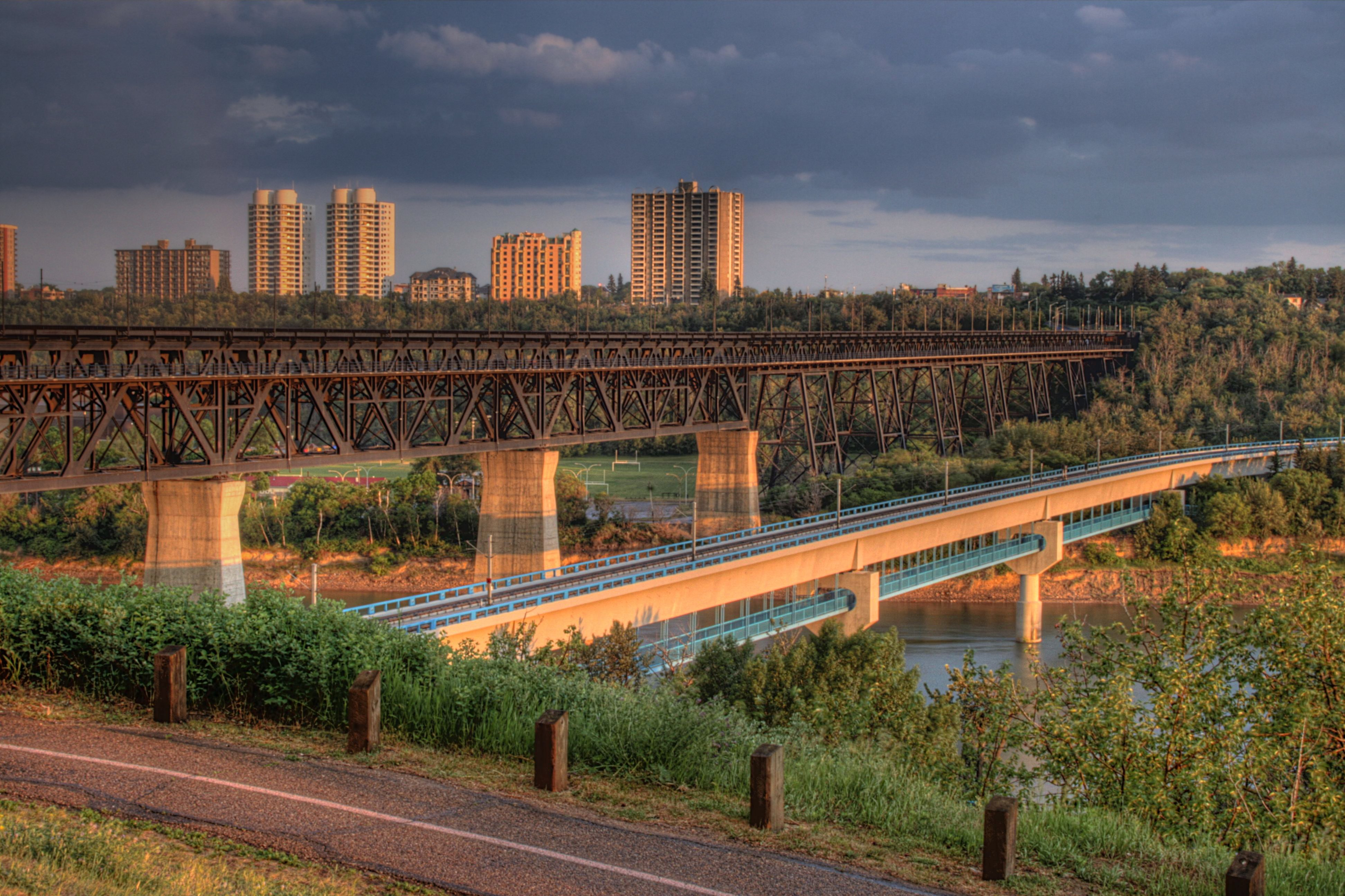 Edmonton (AB) Canada  City pictures : High Level Bridge Edmonton Alberta Canada 01 A Wikipedia ...