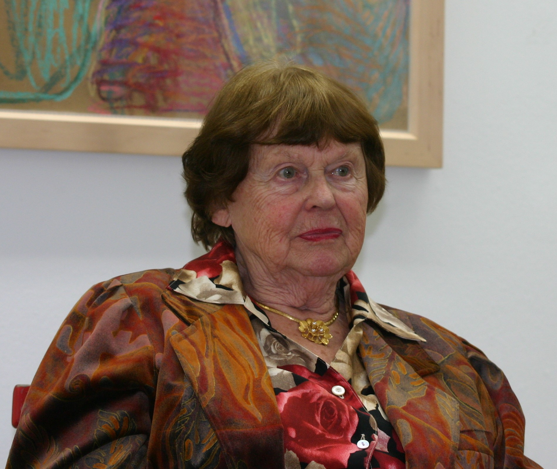 Laura Mennell,Chloe Hunter Adult gallery Lyca Gairanod (b. 2004),Anthony Steel (1920?001)