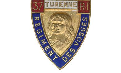 https://upload.wikimedia.org/wikipedia/commons/f/fc/Insigne_r%C3%A9gimentaire_du_37e_R.I%2C_TURENNE.jpg