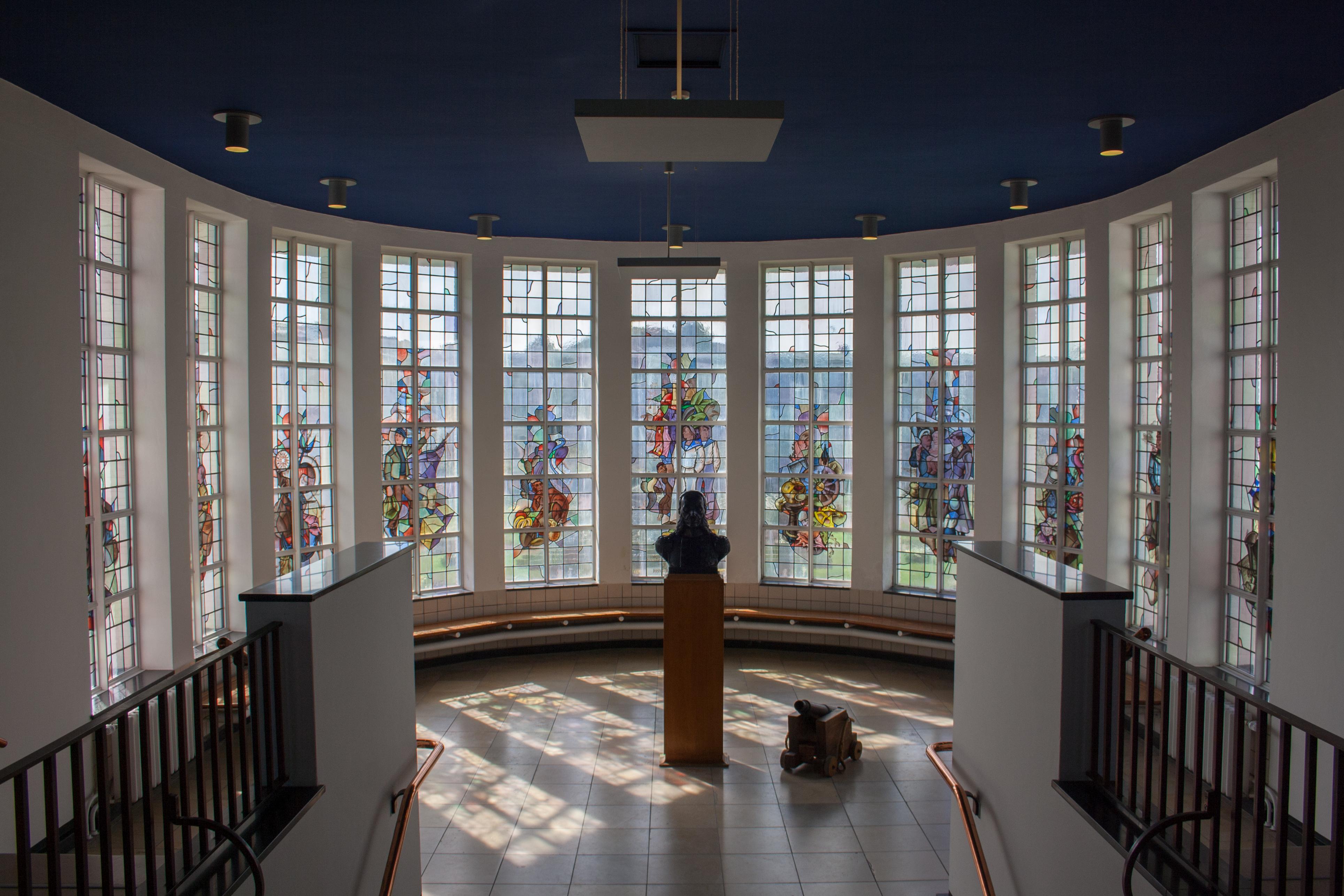 File interieur eerste verdieping overzicht hal egmond for Interieur appartement aan zee