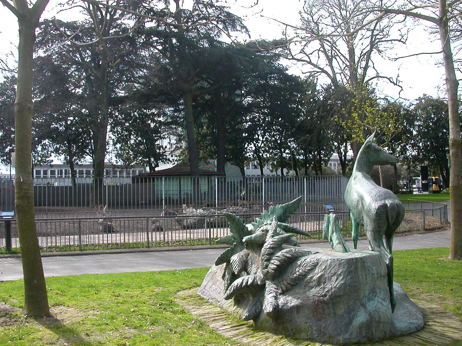 File jardin des plantes nantes m wikimedia for Jardin des plantes nantes