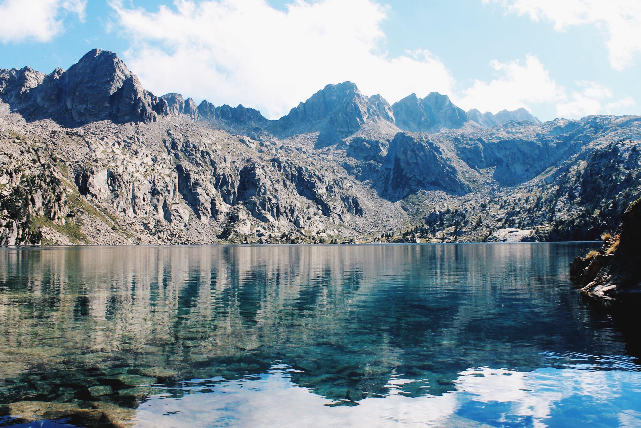 Resultado de imagen de Parque Nacional de Aigüestortes i Estany de Sant Maurici