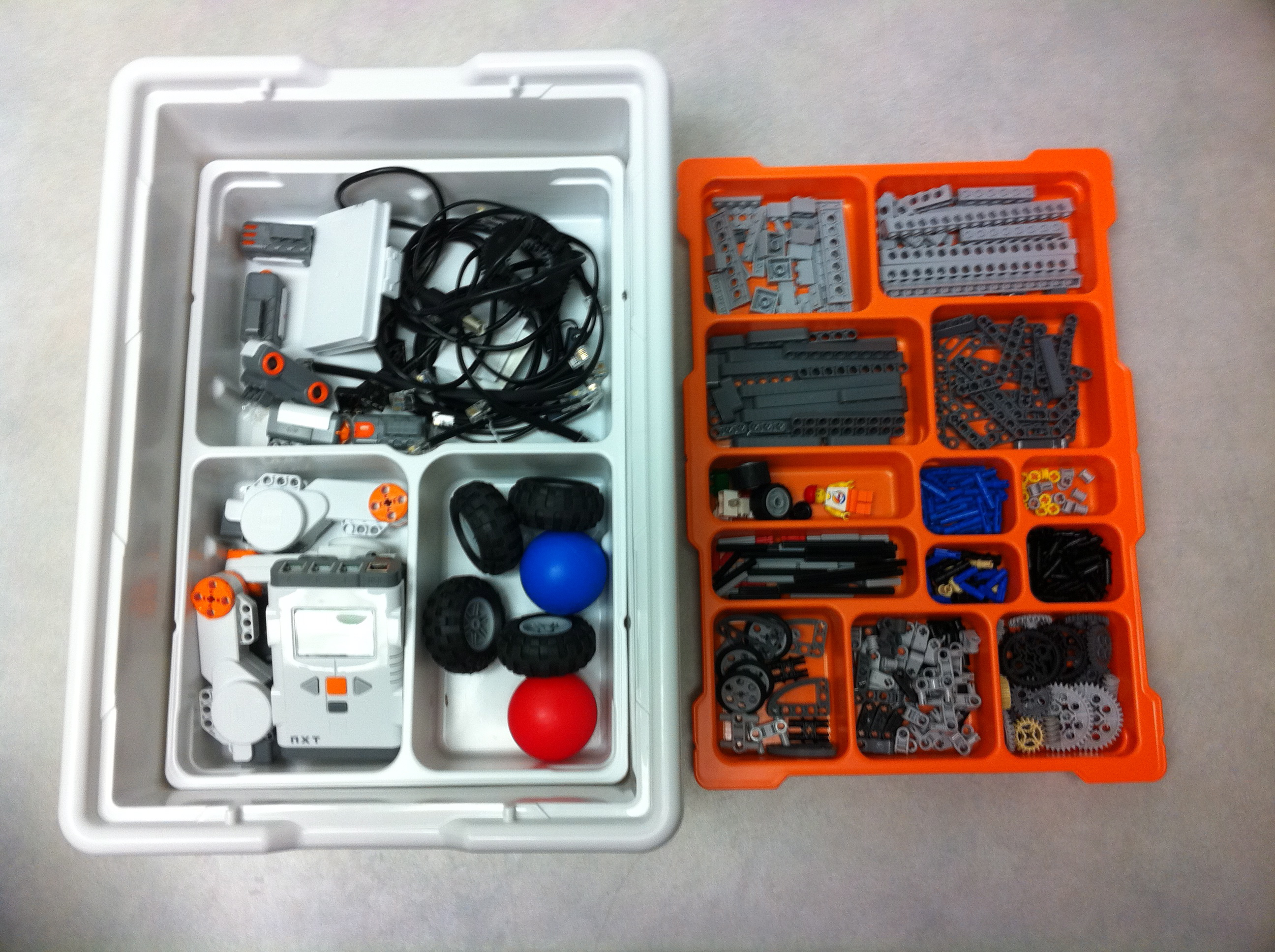 Lego Mindstorms kit | GrecTech