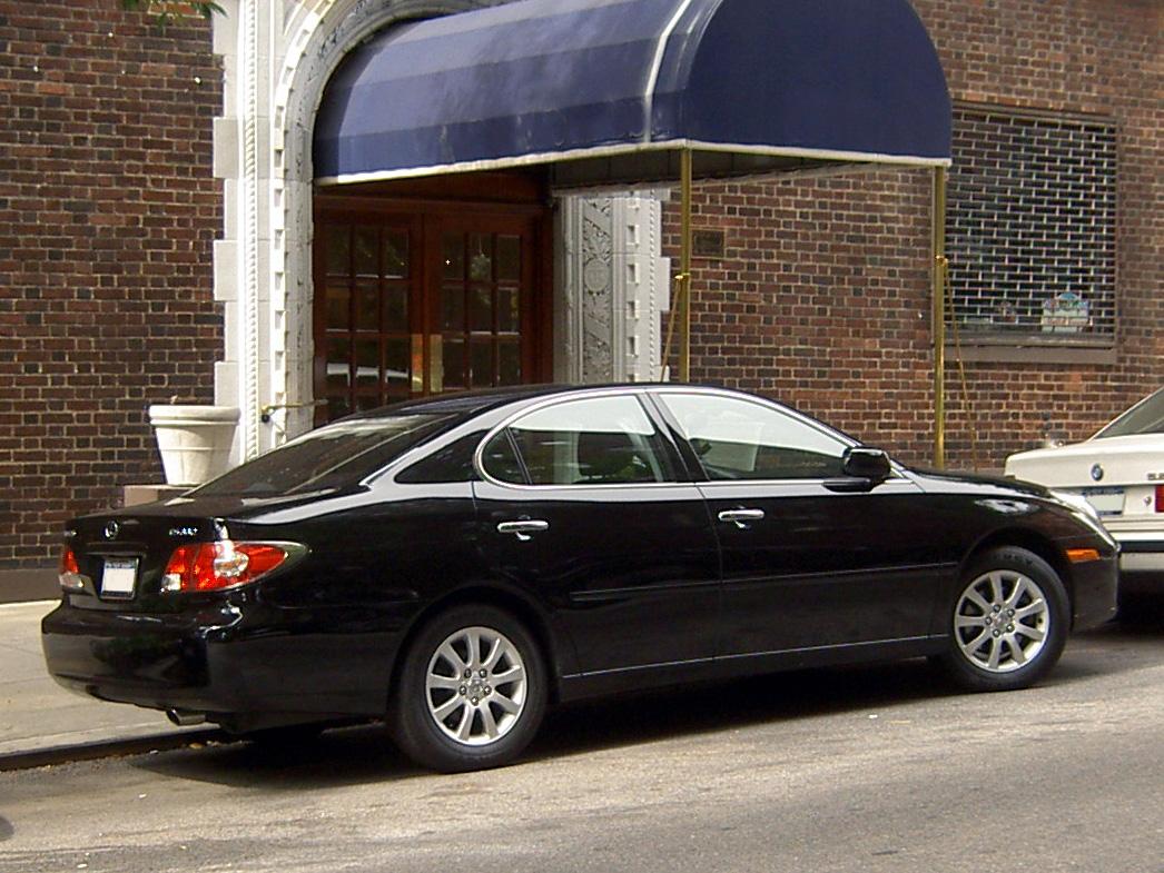 File:Lexus ES 330-2.JPG - Wikimedia Commons