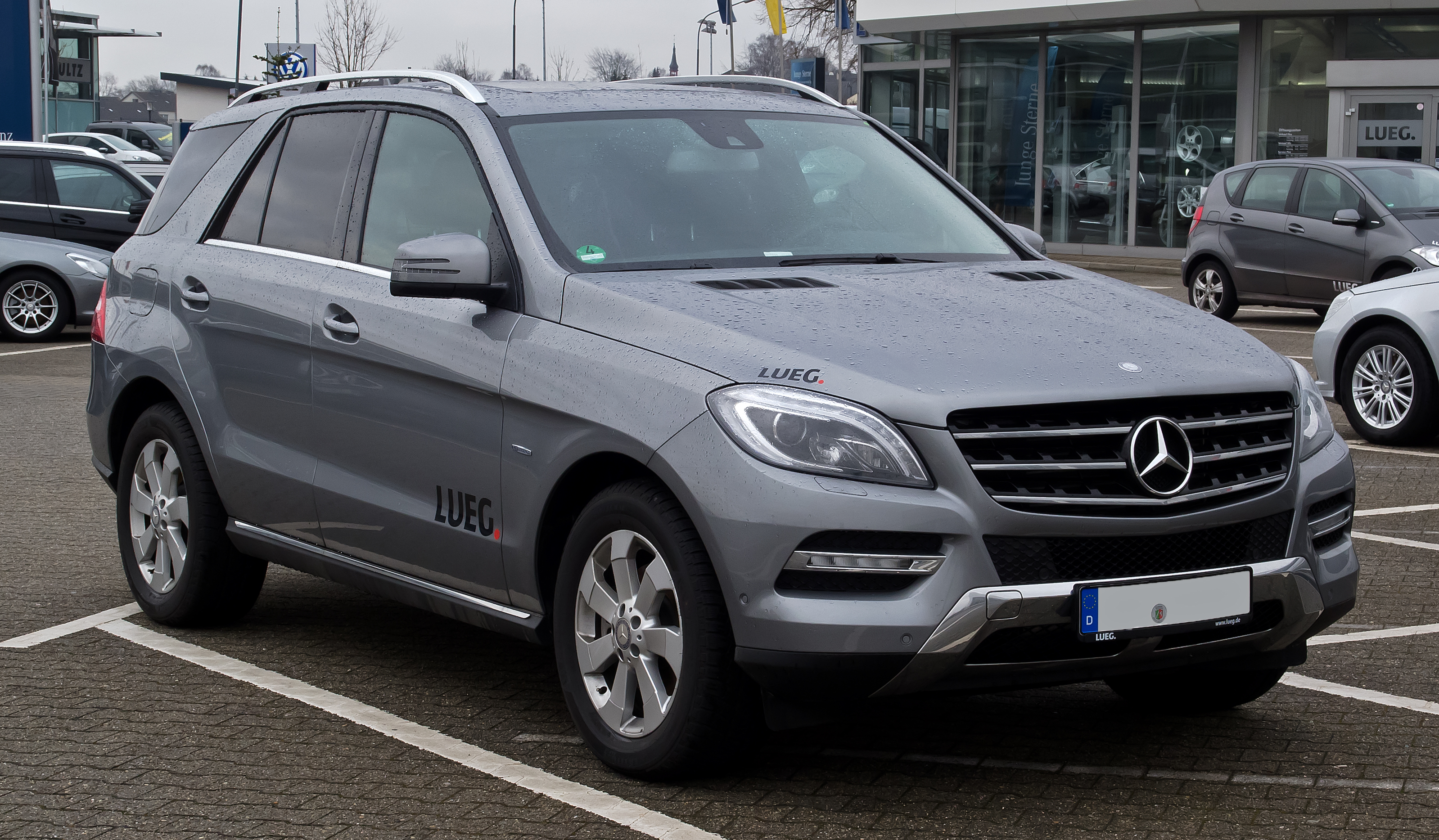 Description Mercedes-Benz ML 250 BlueTEC (W 166) – Frontansicht, 26