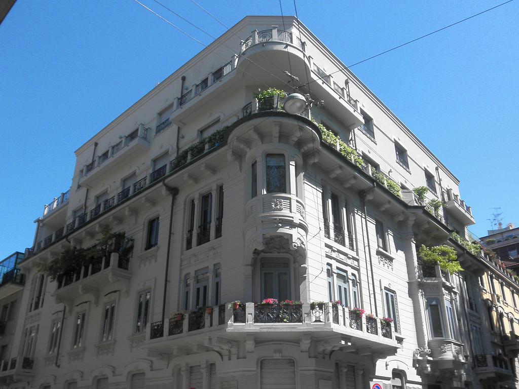 file milano casa wikimedia commons