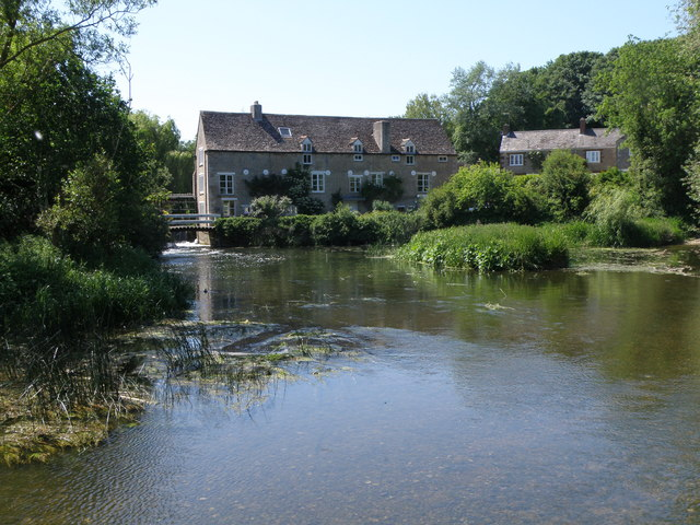 Mill pond and Mill Wadenhoe - geograph.org.uk - 1340276