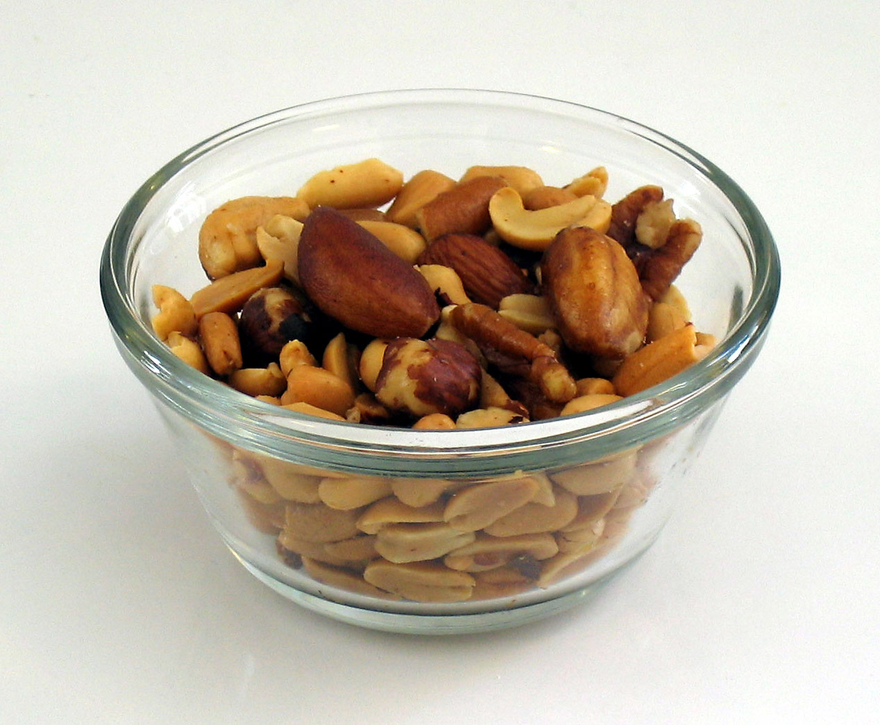 Mixed_nuts_small_white2.jpg