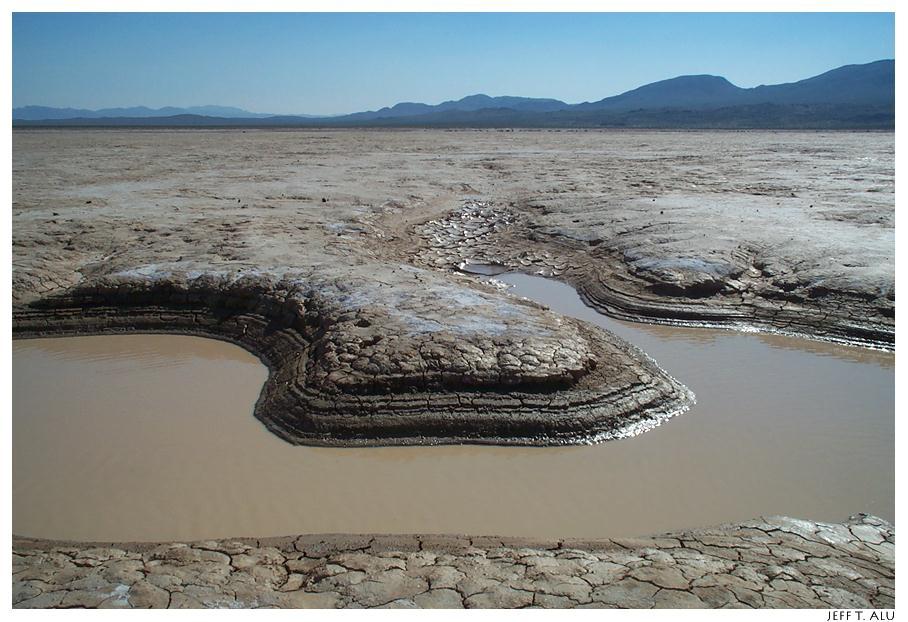 Le désert de Mojave Mojave_CoyoteDryLake
