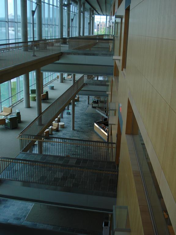 Morgan State University - library - pic 4.JPG