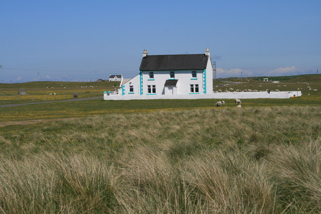 Newly renovated house at Ruaig, Tiree - geograph.org.uk - 1438256.jpg English: Newly renovated house at Ruaig, Tiree Date 2 June 2008 Source