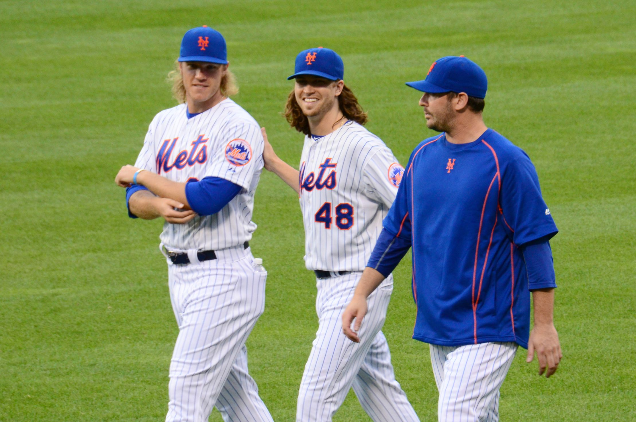 Noah_Syndergaard,_Jacob_deGrom_and_Matt_