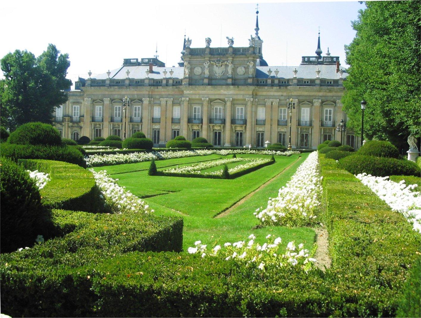 File palacio de la wikipedia for Jardines san ildefonso