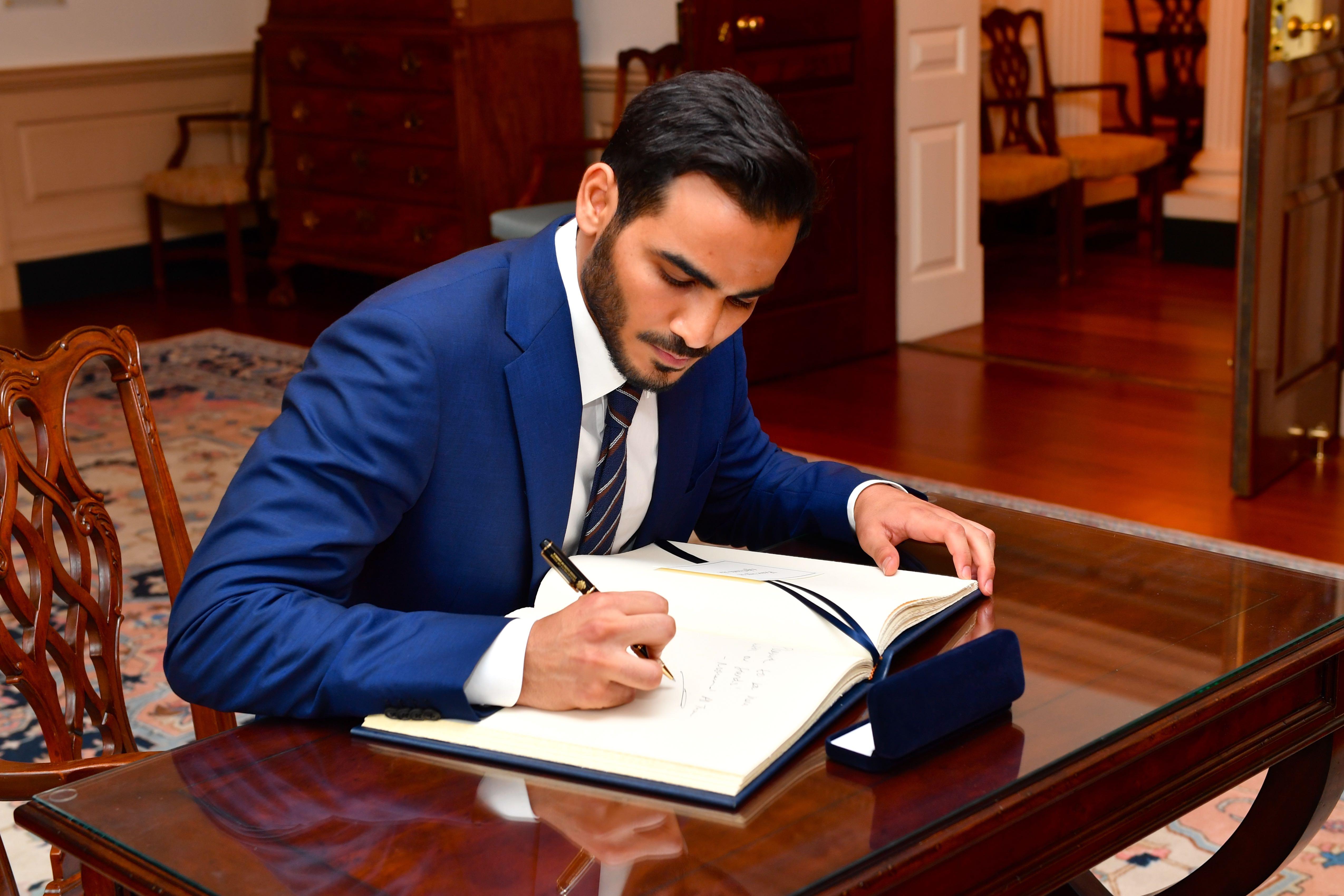 Katar 4. Emiri Tamim bin Hamad Al Thani: biyografi 53